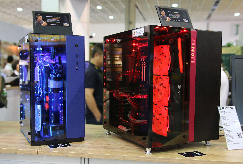 PC-O9 til høyre, til venstre PC-O10. Den største forskjellen er at PC-O10 er tilpasset SFX-strømforsyninger.