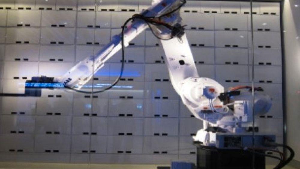 Hotell bytter ut piccolo med robot