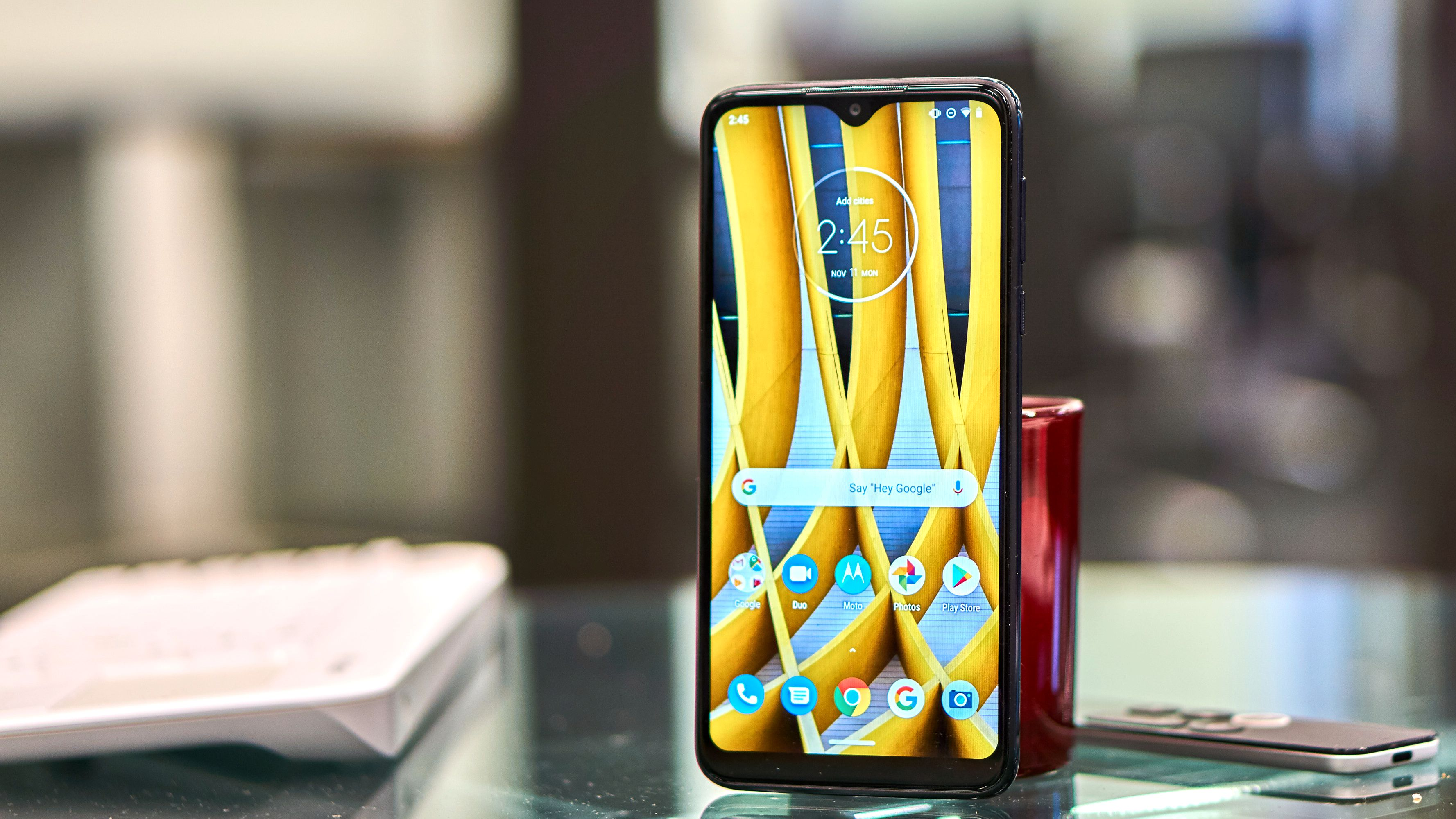 Motorola One Macro.
