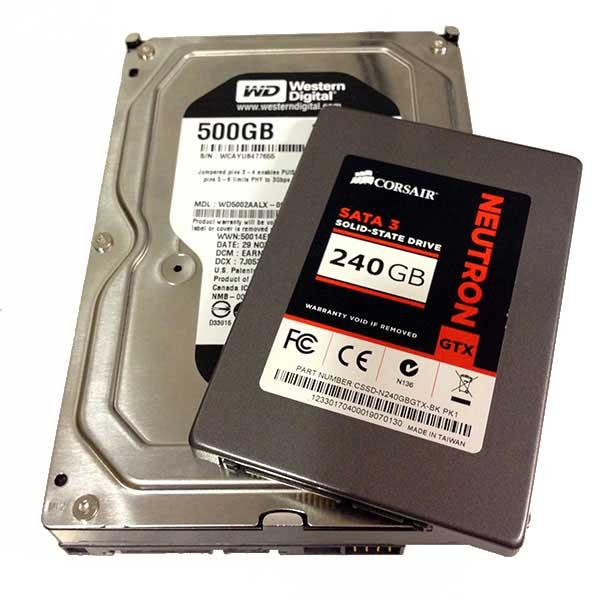 Testkaninene. En forholdsvis kjapp harddisk, og en lynrask SSD. Foto: Hardware.no.
