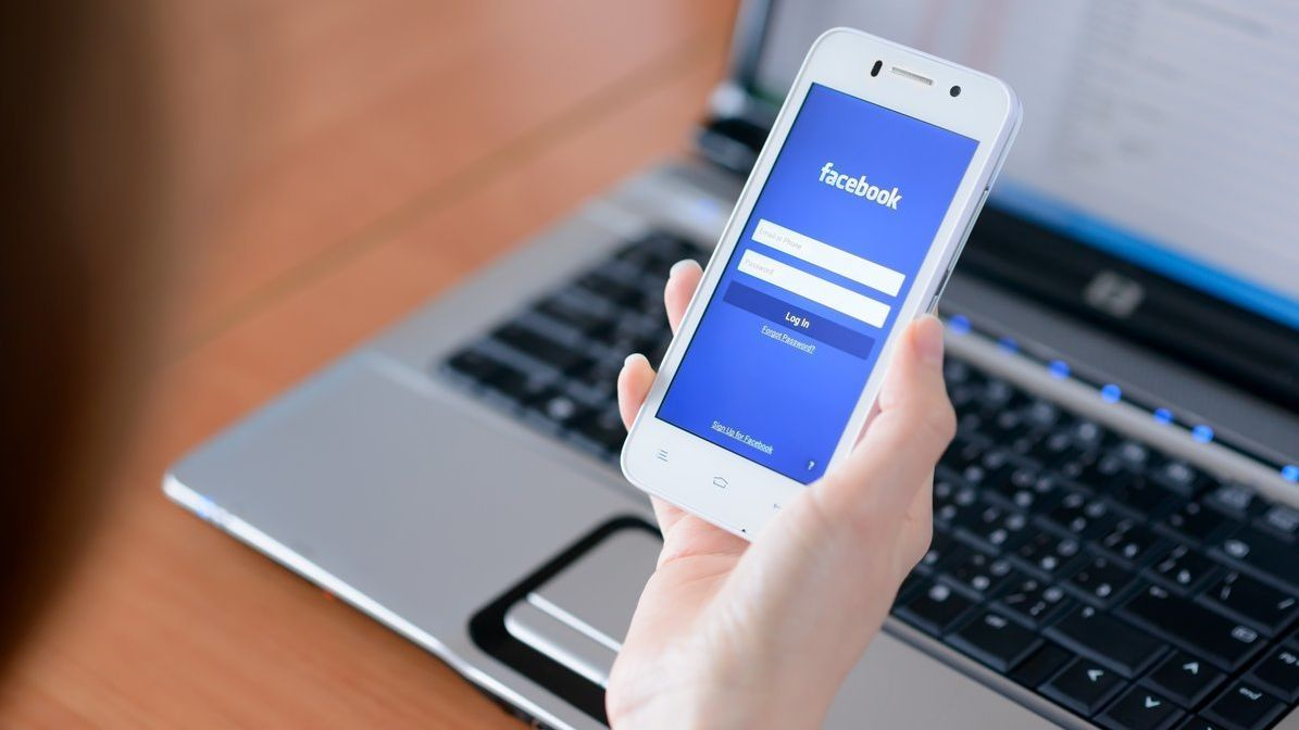 Facebook har samlet inn informasjon om mobilsamtaler og SMS-er i årevis