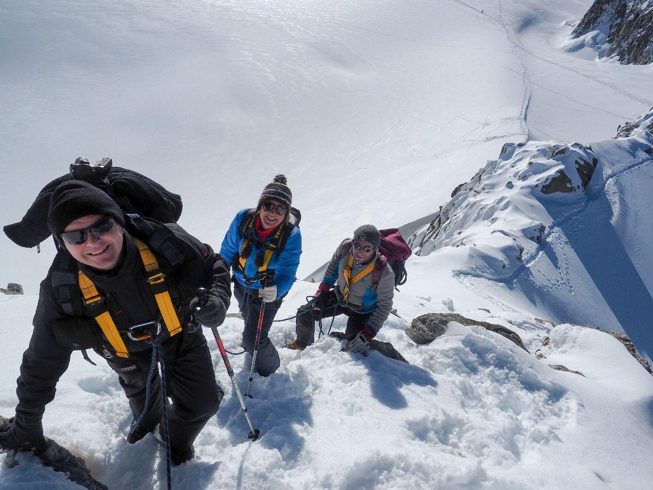 Fotografene oppholdt seg på fjellet i to uker. Foto: in2white.com