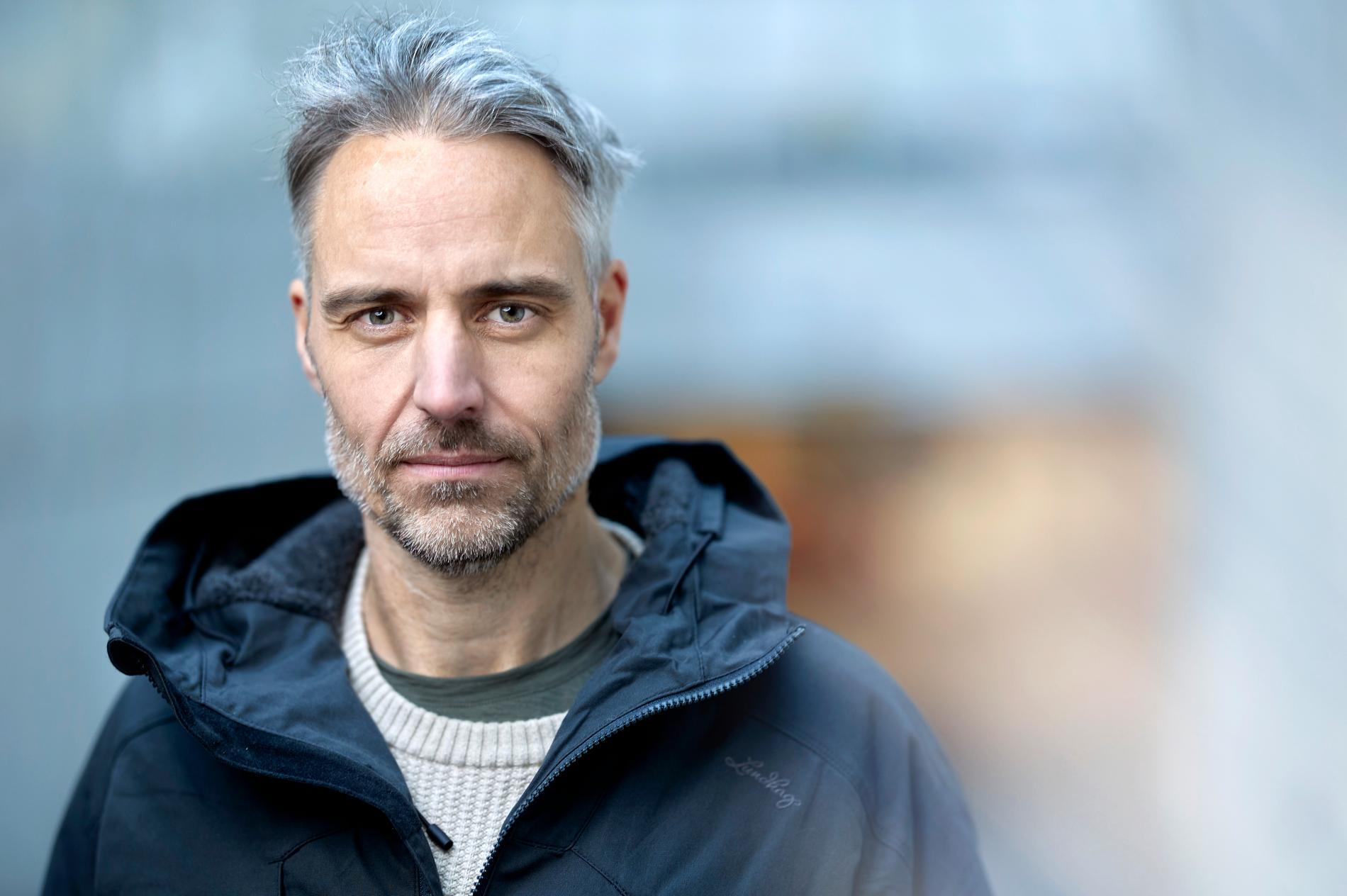 """Anders Wallensten är biträdande statsepidemolog, läkare och författare till """"Hälsogåtan – evolution, forskning och 48 konkreta råd""""."""