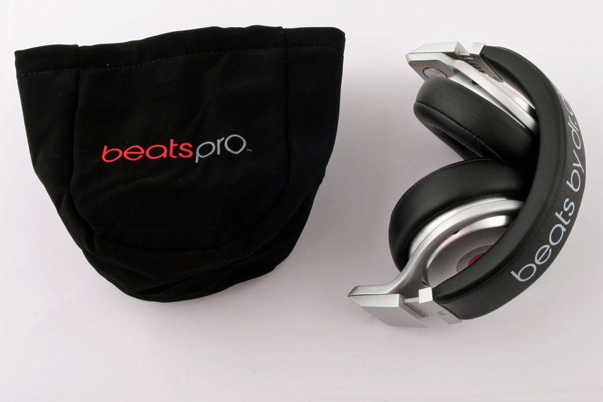 Beats Pro kan pakkes sammen.