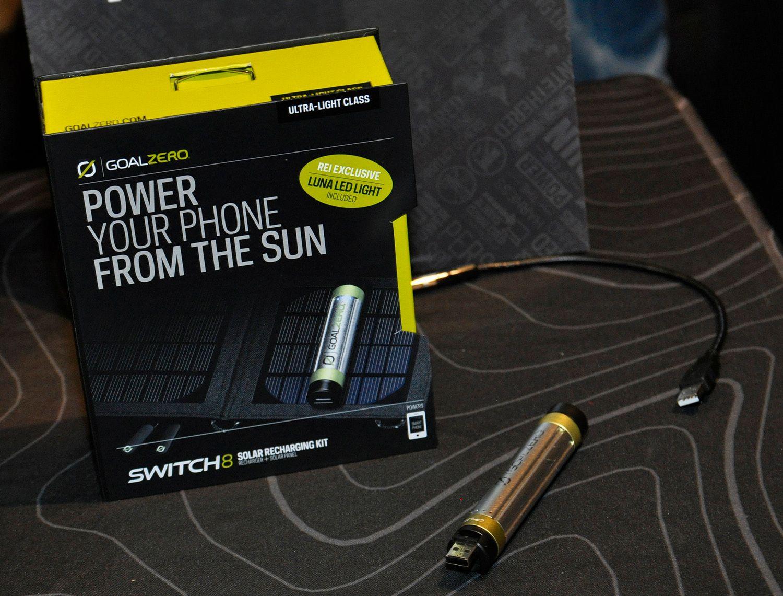 GoalZero viste frem nye solcelleladere.