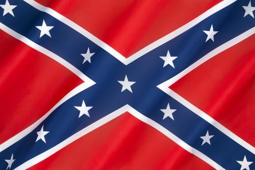 Konføderasjonsflagget er blitt enda mer kontroversielt etter skyteepisoden i USA, og nå bannlyses det av Apple. Foto: Steve Allen/Shutterstock.com