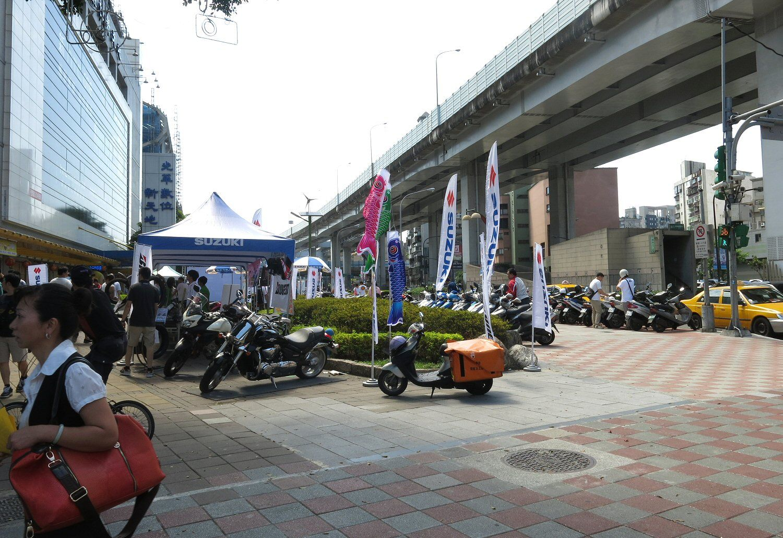 Ved siden av metroen er scooter det store i Taipei. De fleste synes nemlig det er for varmt å sykle.Foto: Vegar Jansen, Hardware.no