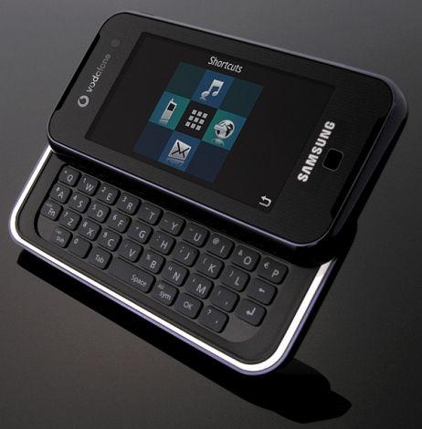 F700 er en liten smarttelefon.