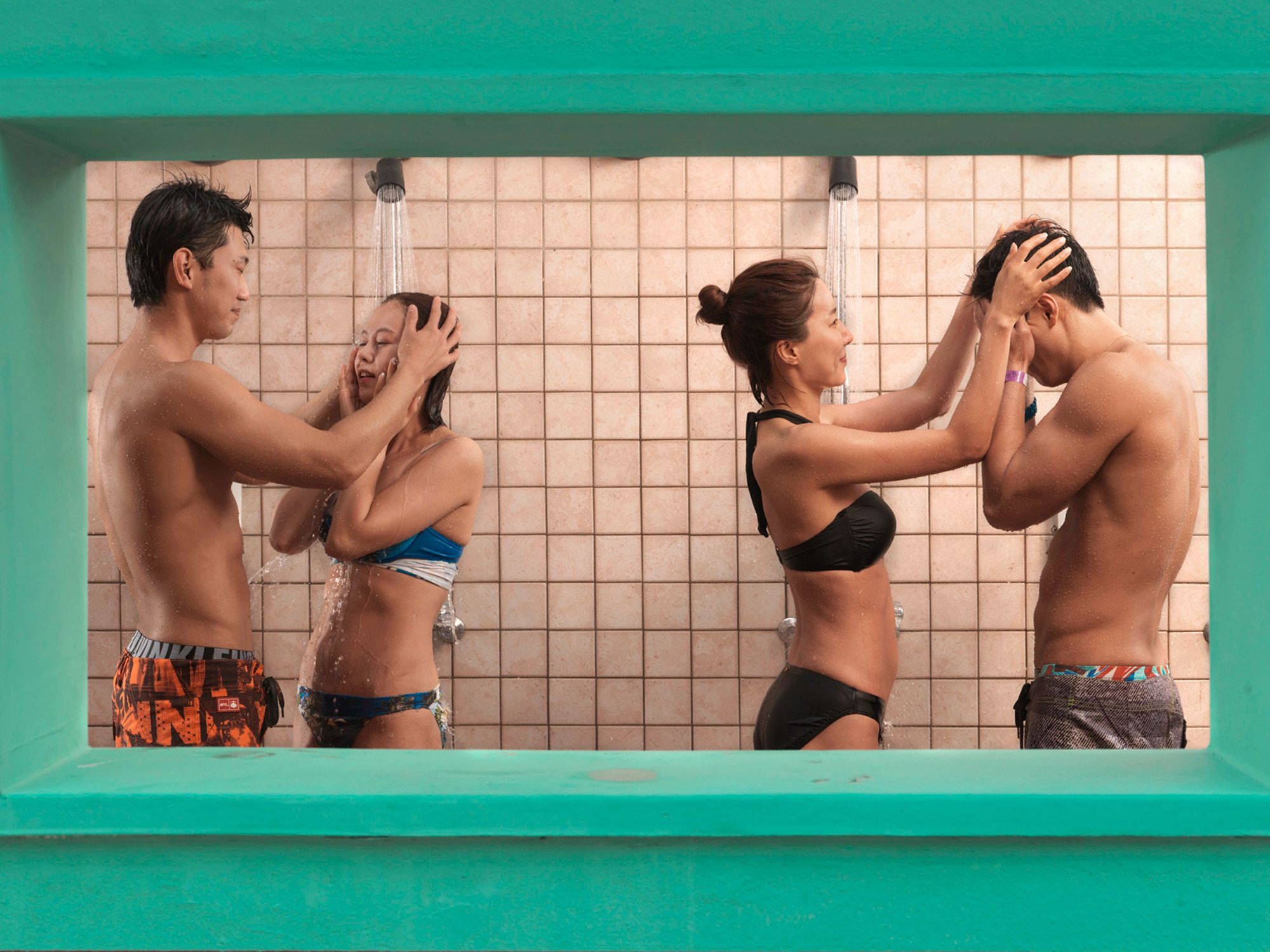 Everland is the largest theme park in Korea. This is the open shower in Caribbean Bay. Foto: Julia Fullerton-Batten, United Kingdom, Shortlist, Lifestyle, Professional Competition, 2015 Sony World Photography Awards