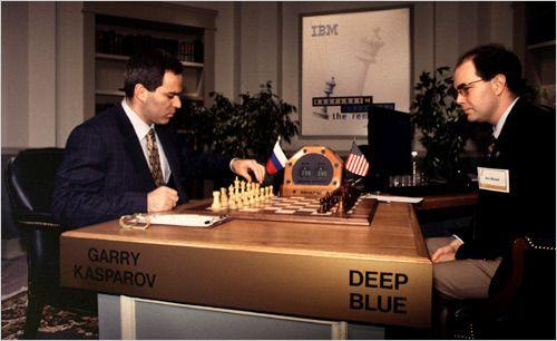 Kasparov taper 3½–2½ mot Deep Blue i 1997.