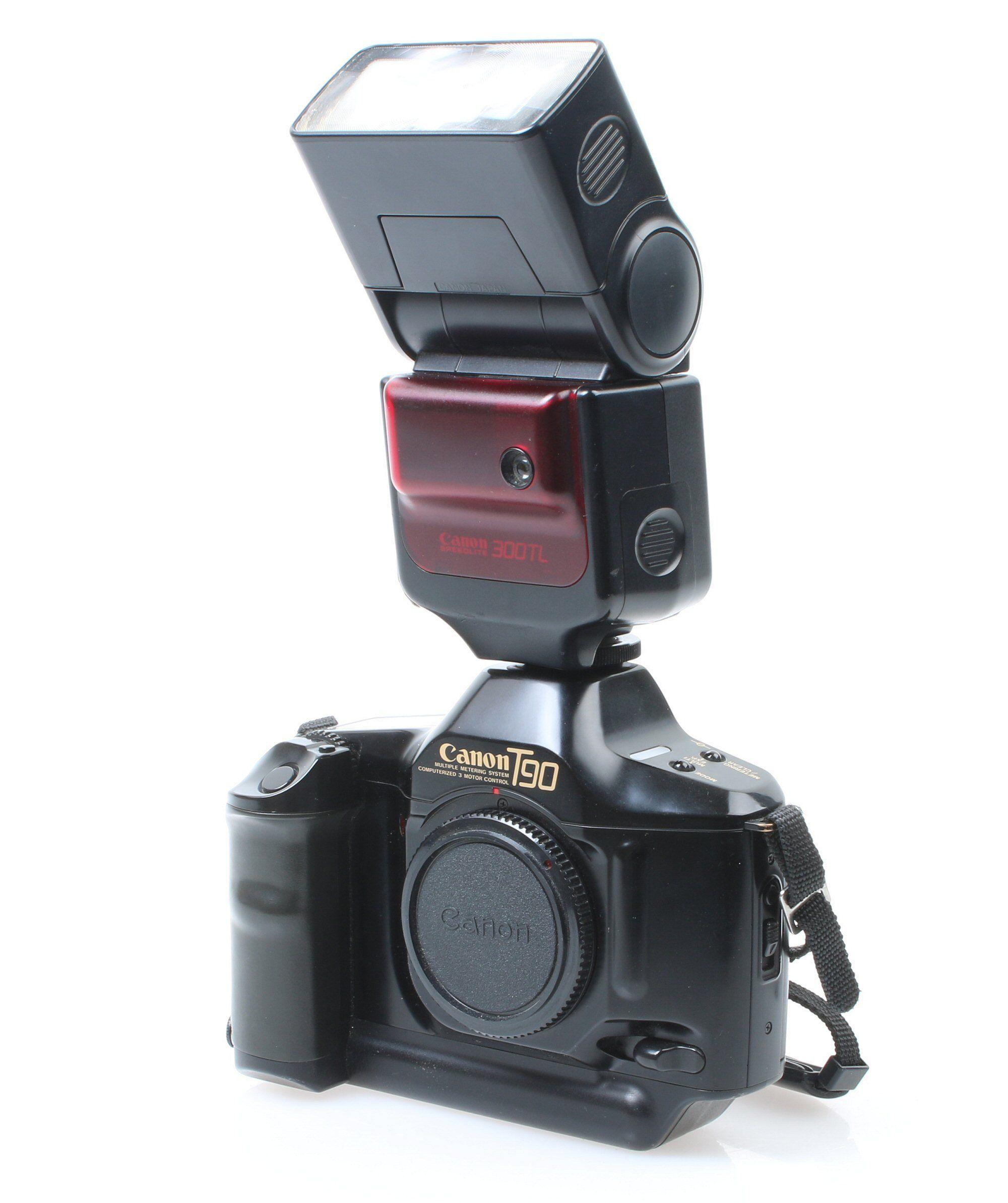 Canon T90 med Speedlite 300TL. Foto: Vegar Jansen, Tek.no