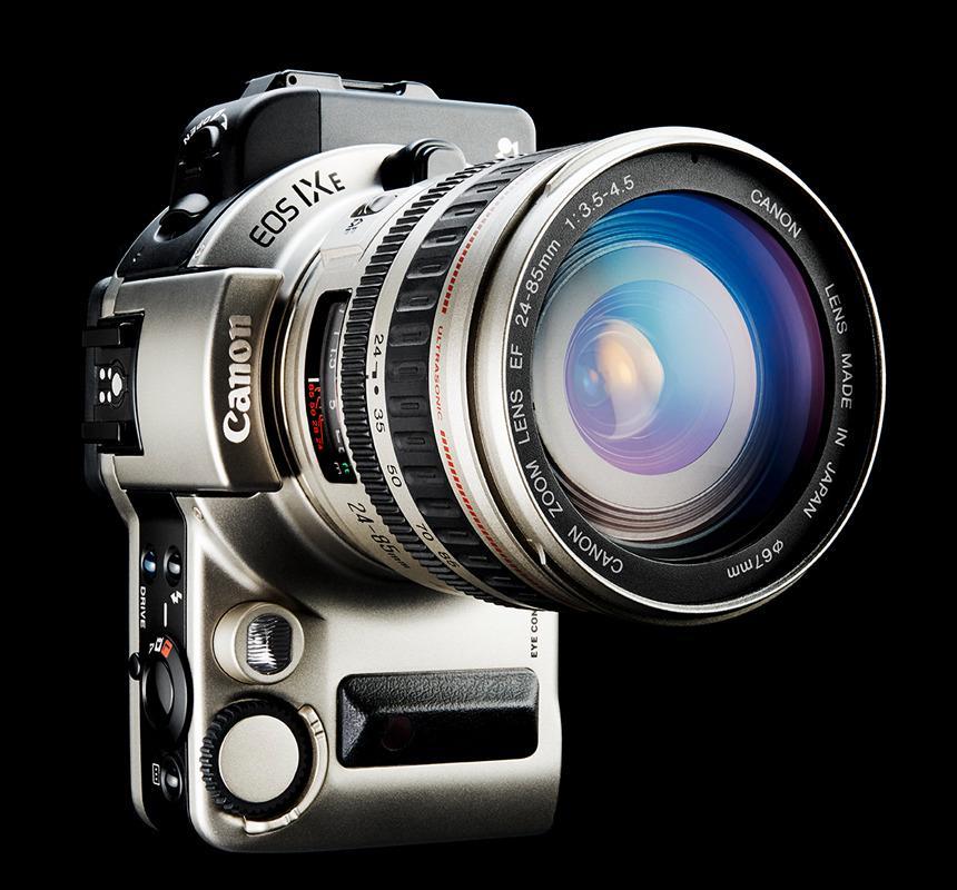 Goldfinger: Canon EF 24-85mm f/3.5-4.5 USM. Foto: Austin Calhoon