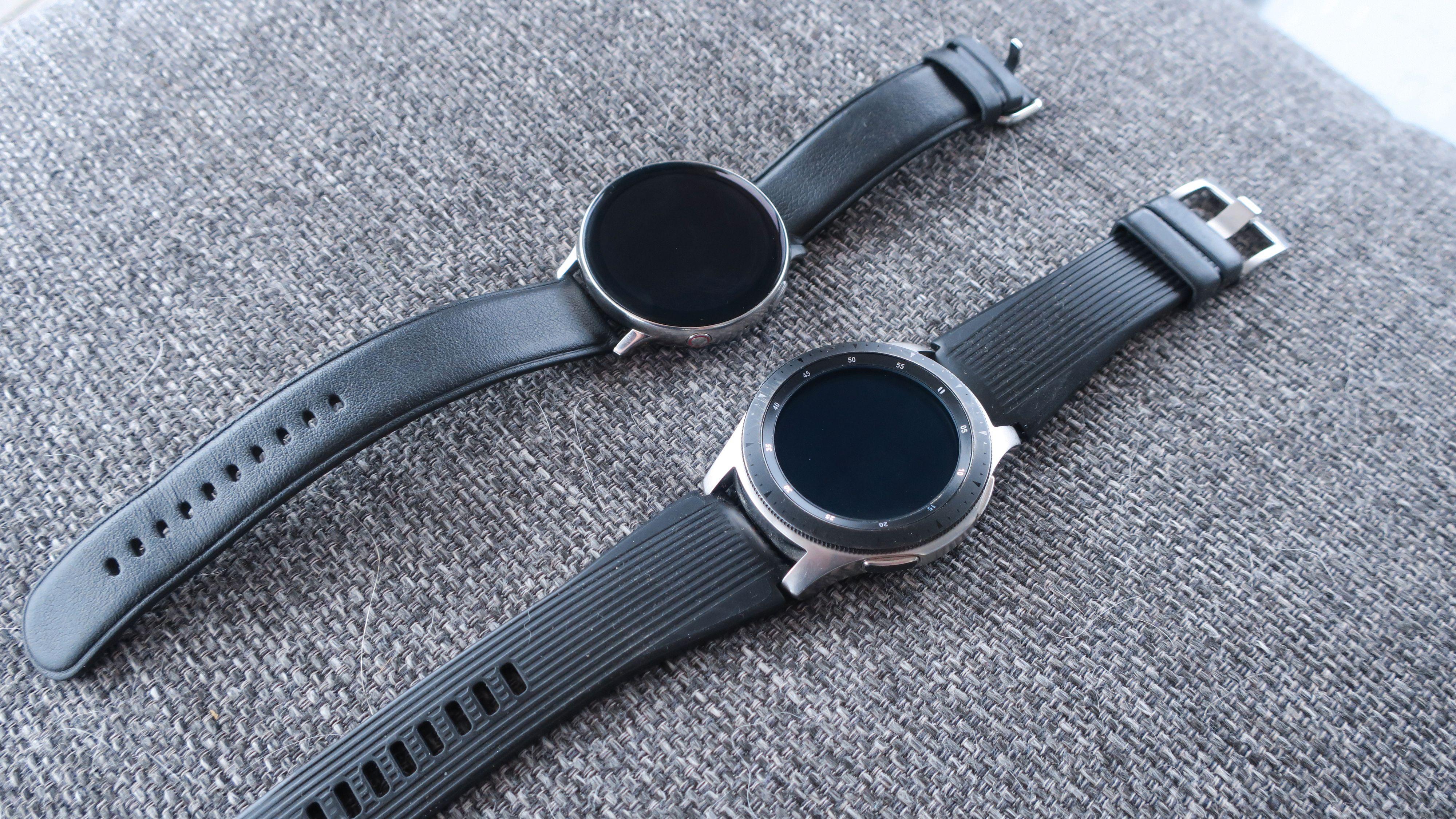 Active 2 til venstre, Galaxy Watch 46 mm til høyre.