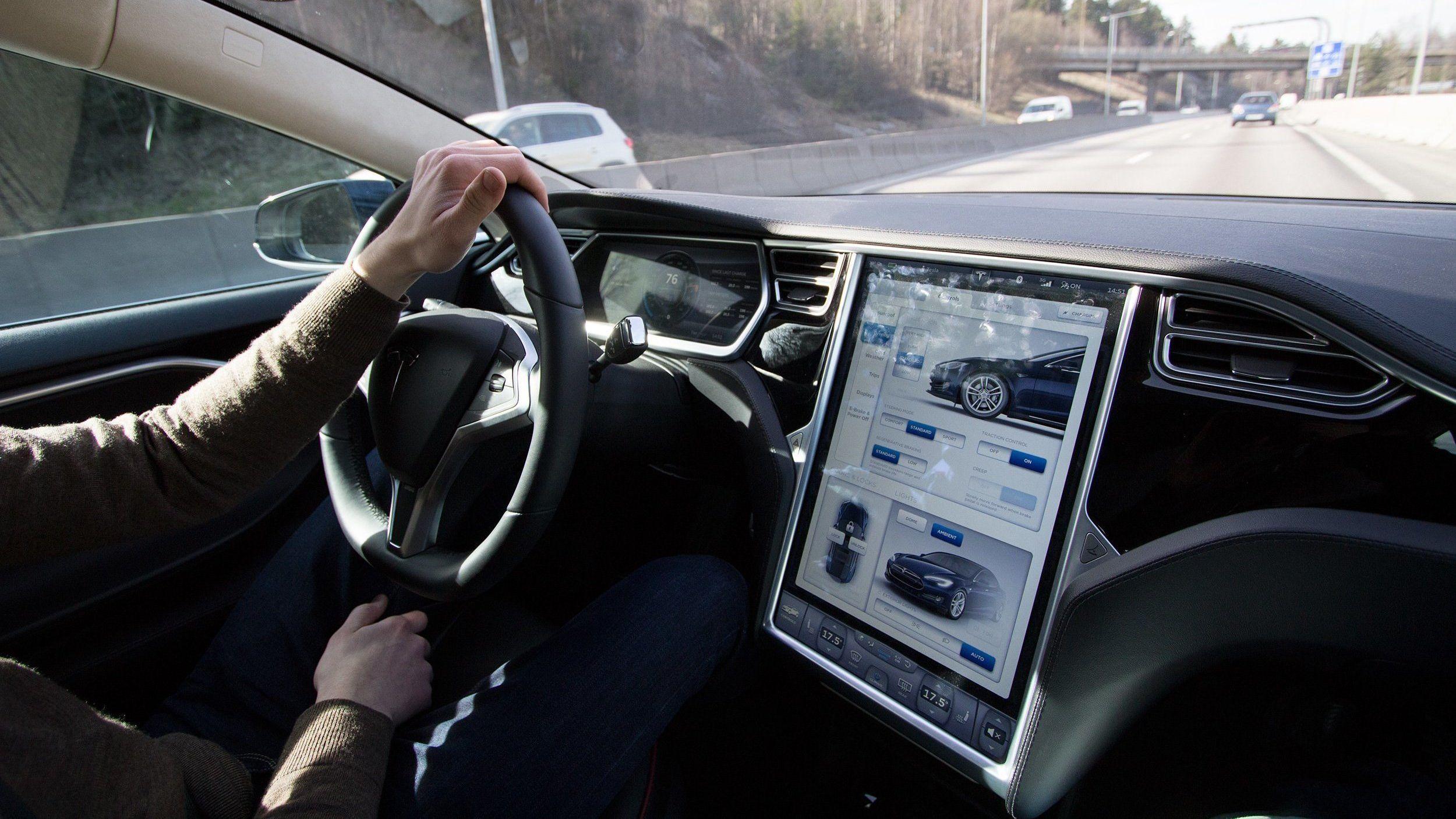 Hackere kan klone Tesla-nøkler på bare to sekunder