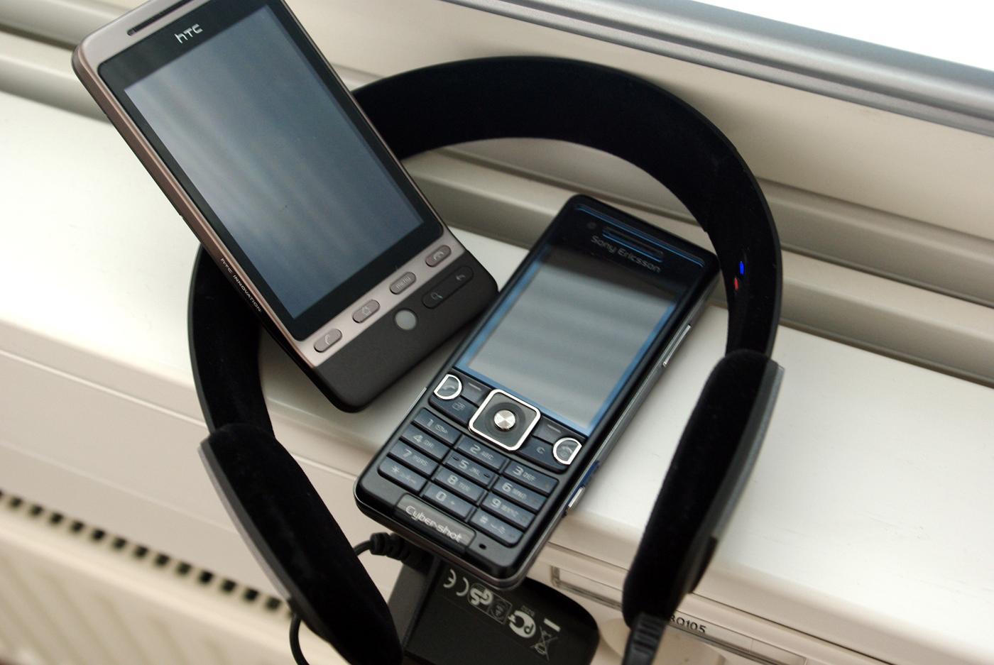 Med A2DP kan du koble hodesettet til de aller fleste mobiler med Bluetooth.
