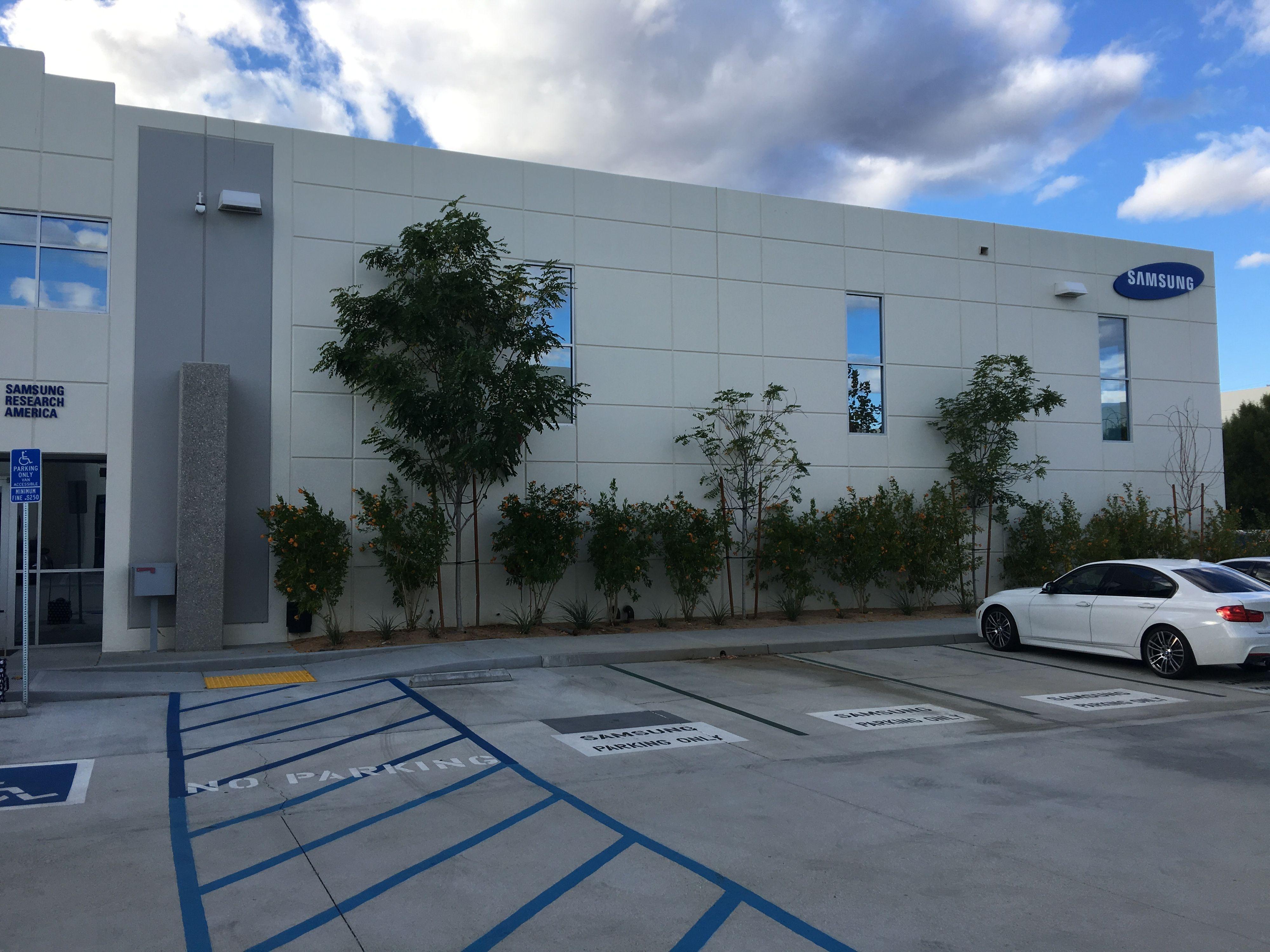 Samsung Research America ligger i solfylte Santa Clarita i California.