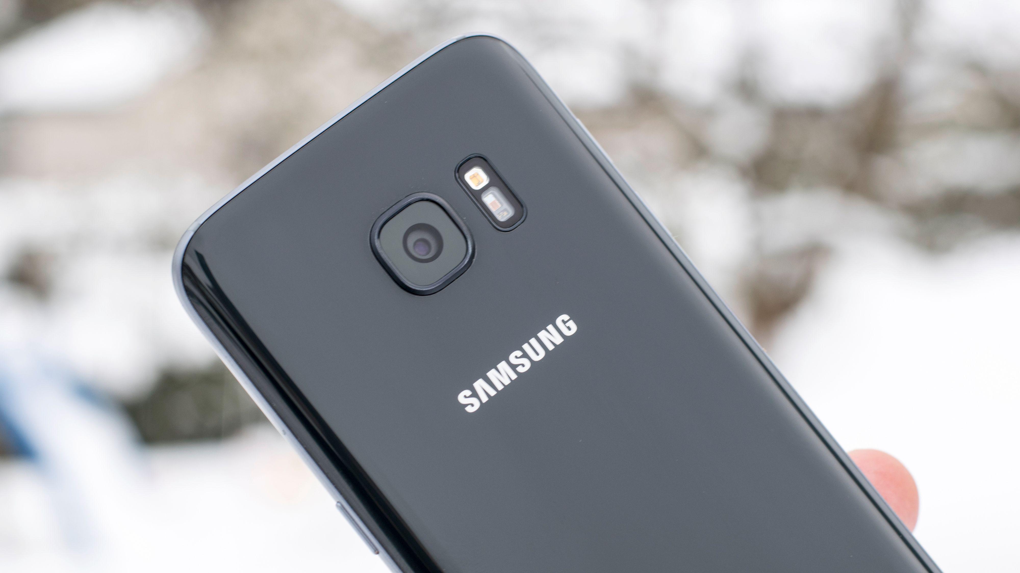 – Samsung Galaxy S8 får avansert stemmeassistent med egen knapp