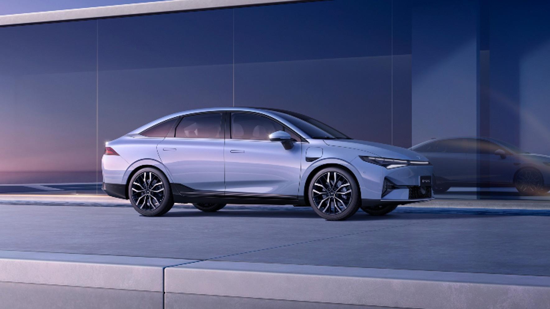 Den siste modellen fra Xpeng heter P5, og er en ørlite mindre og betydelig rimeligere sedan.