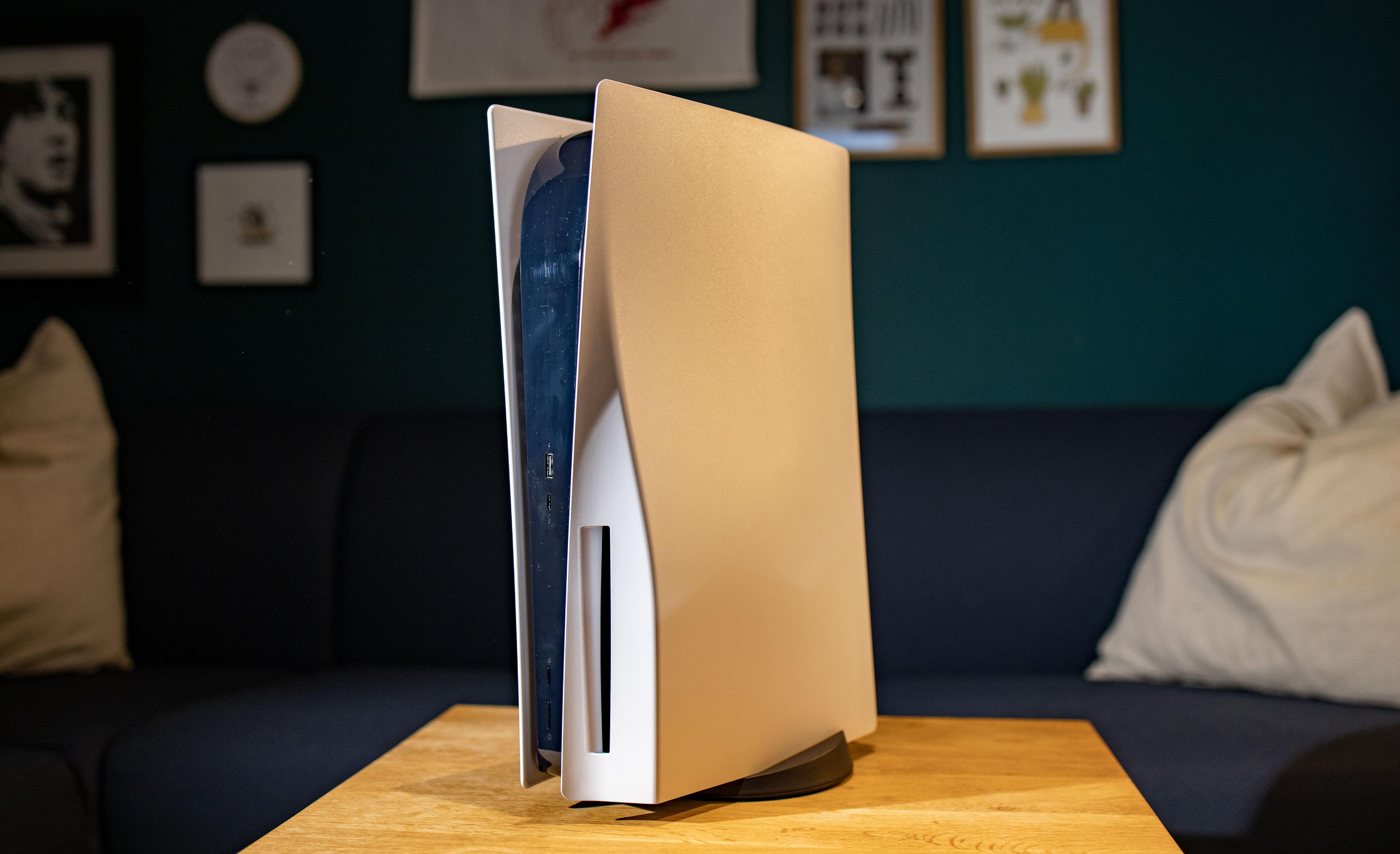 Playstation 5-lanseringen ser ut til å ha gått over alle støvleskaft. Proshop skal ha solgt 1.800 uten å ha fått inn noen.