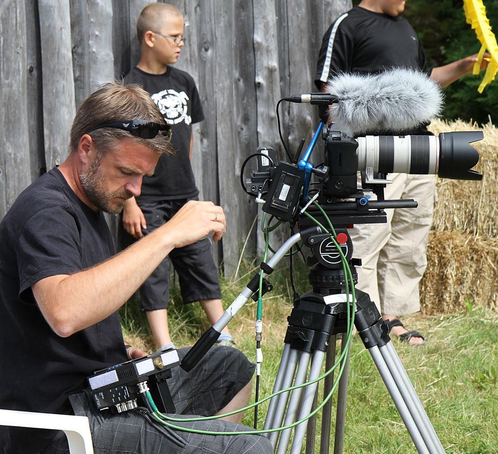 Morten Andreassen gjør seg klar til opptak med kamera B.
