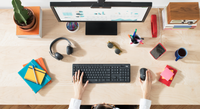 Trådløs kombinasjon av tastatur og mus SPT626400 | Philips