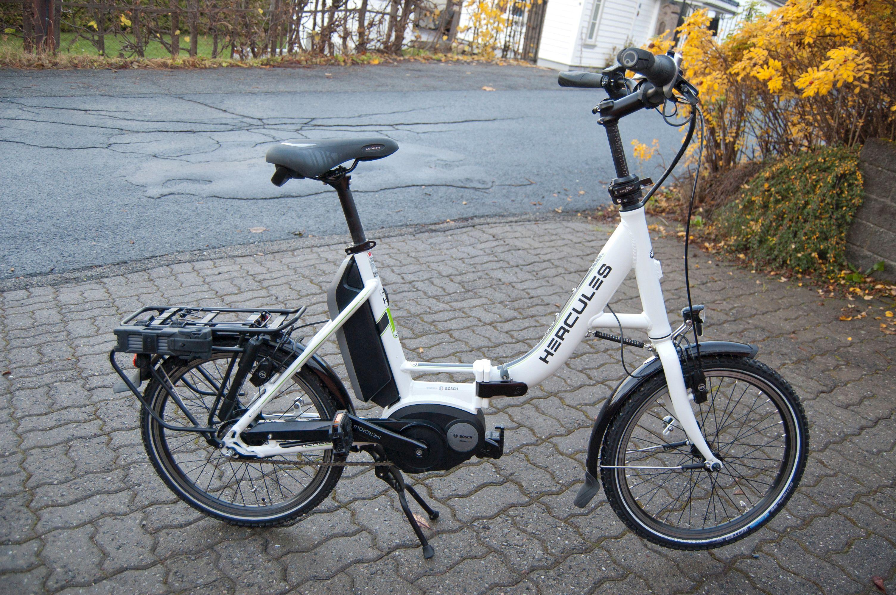 En ekstra kompakt eller sammenleggbar sykkel har både sjarm og en viss portabilitet. Men den er fremdeles tung.