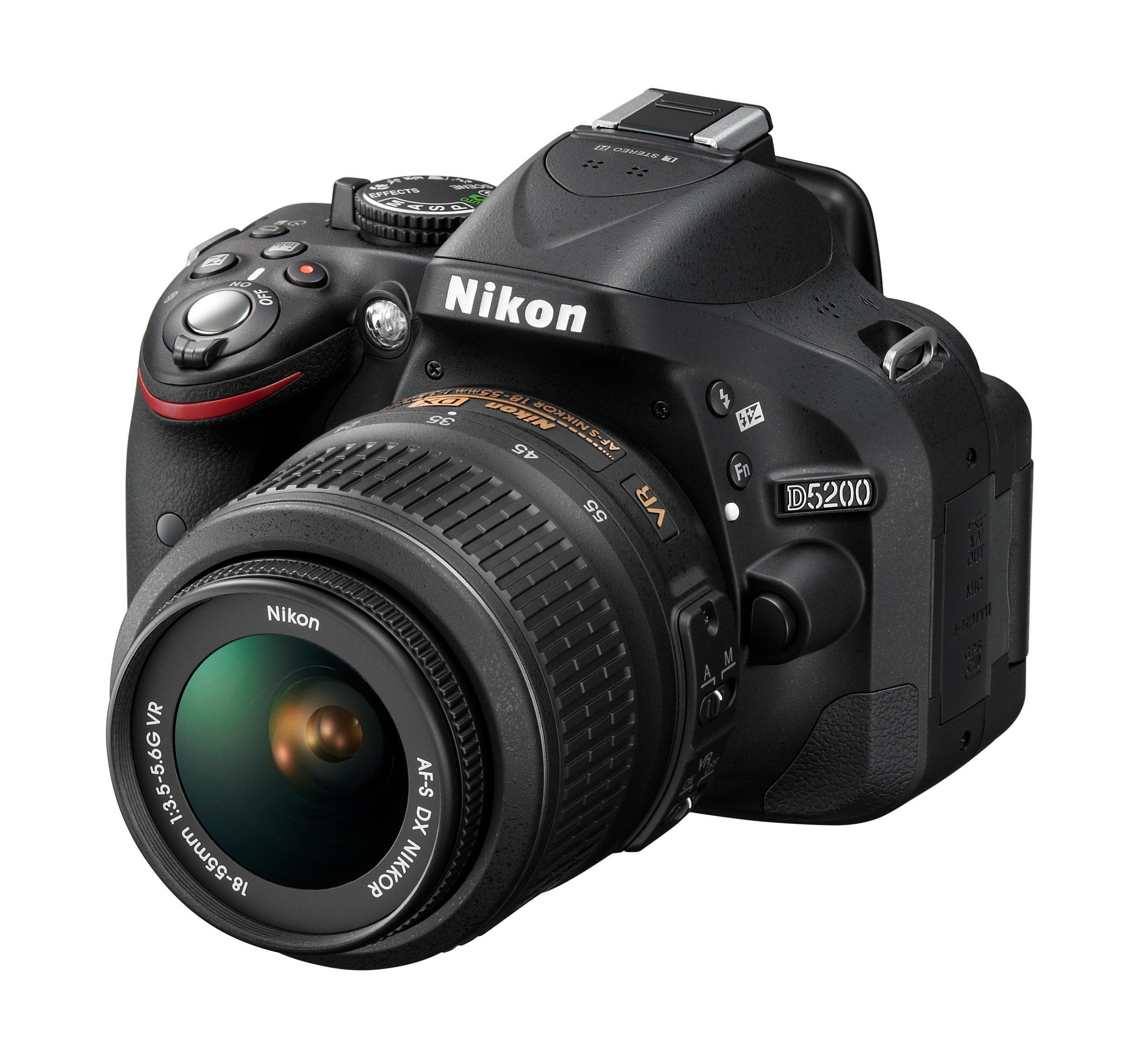 Nikon D5200.