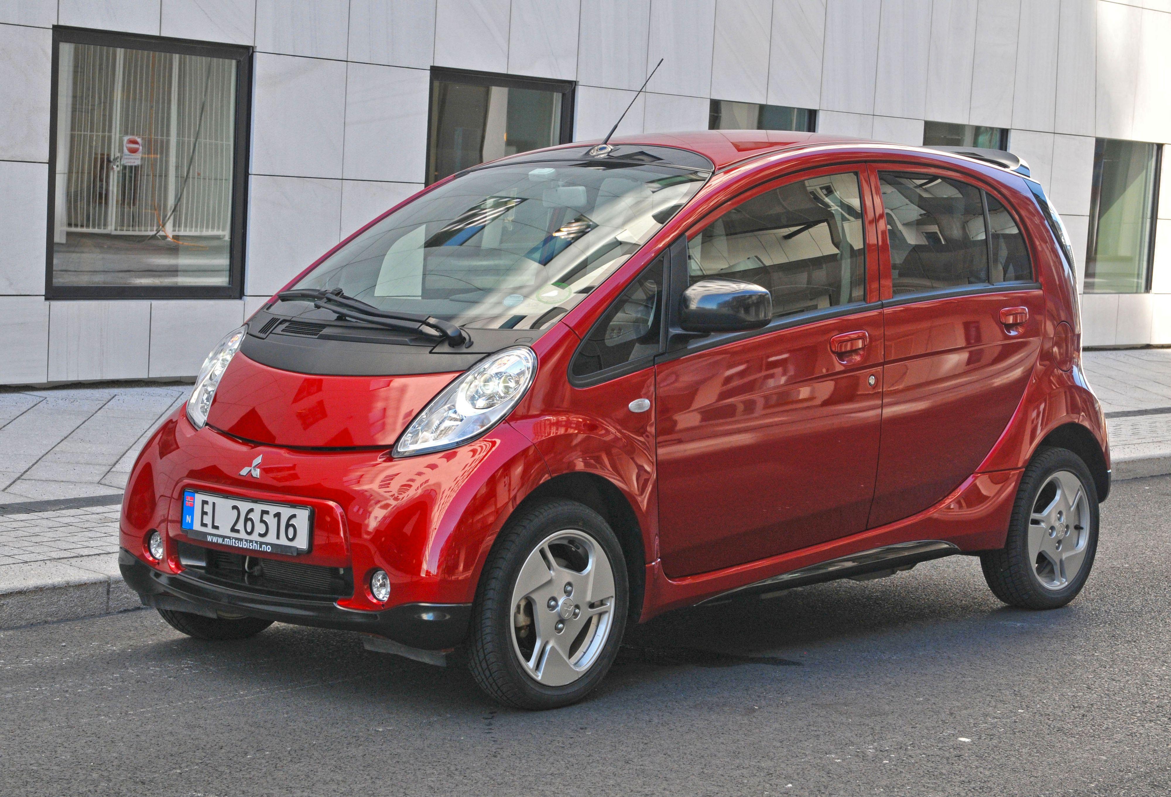 Mitsubishi i-Miev kan leveres i løpet av to uker - om du bor på Østlandet.