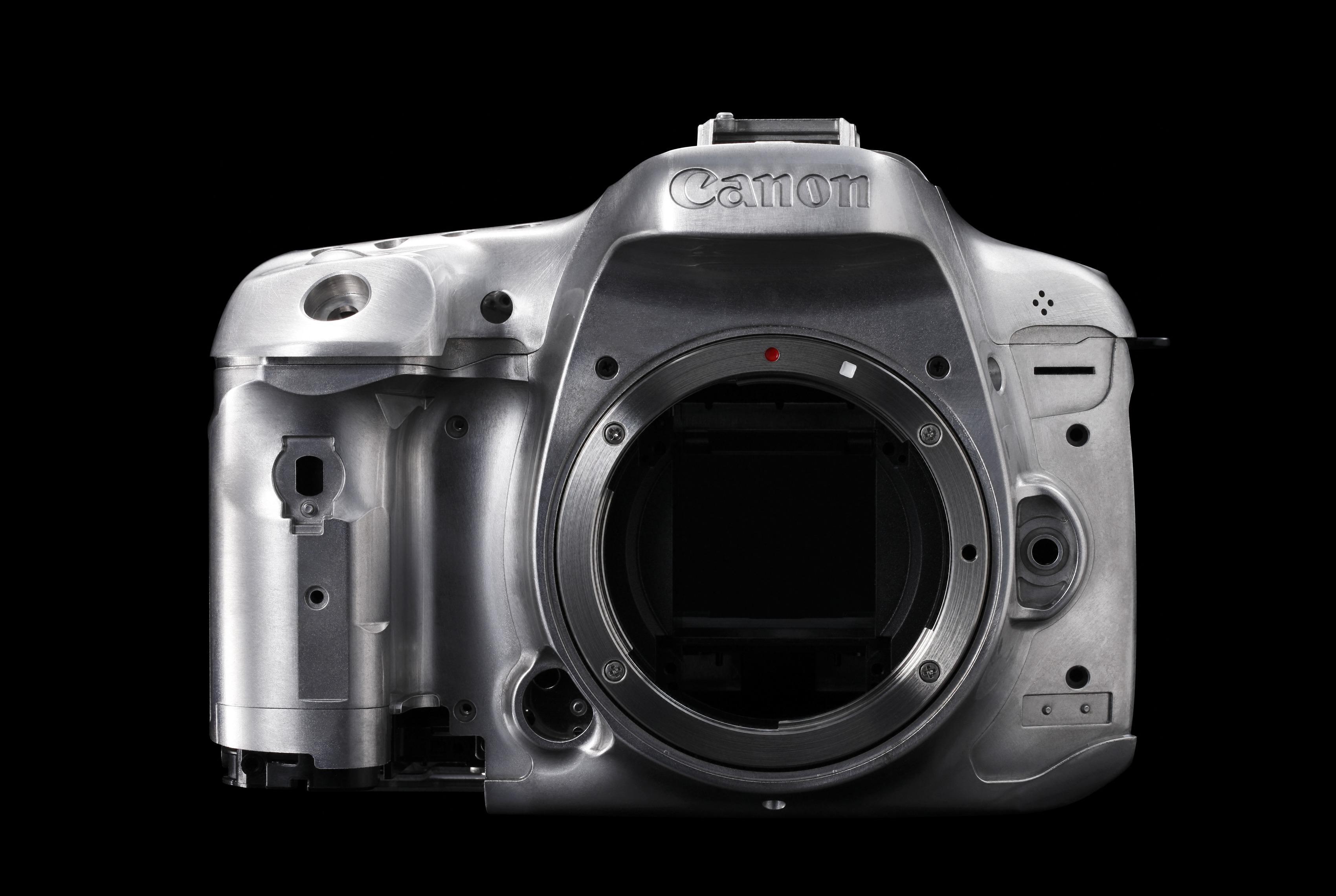 7D Mark II er meget solid bygget. (Foto: Canon)