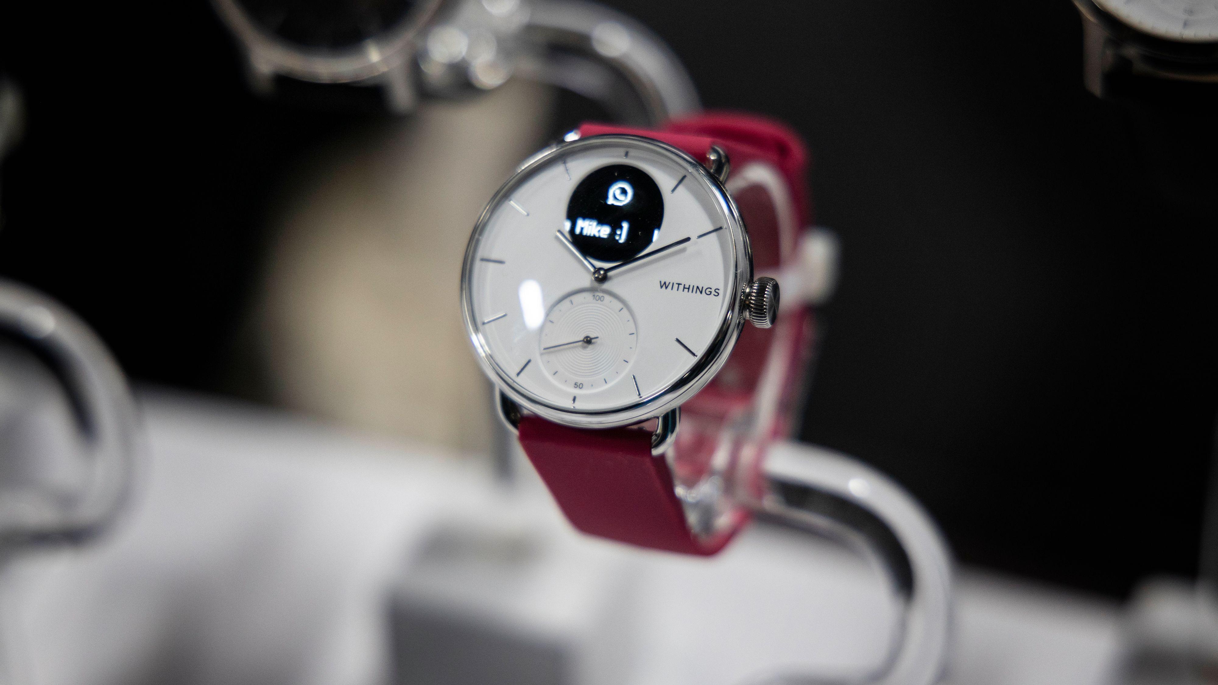 Withings' nye Scanwatch kombinerer pulsmåling med måling av oksygenmetning i blodet.