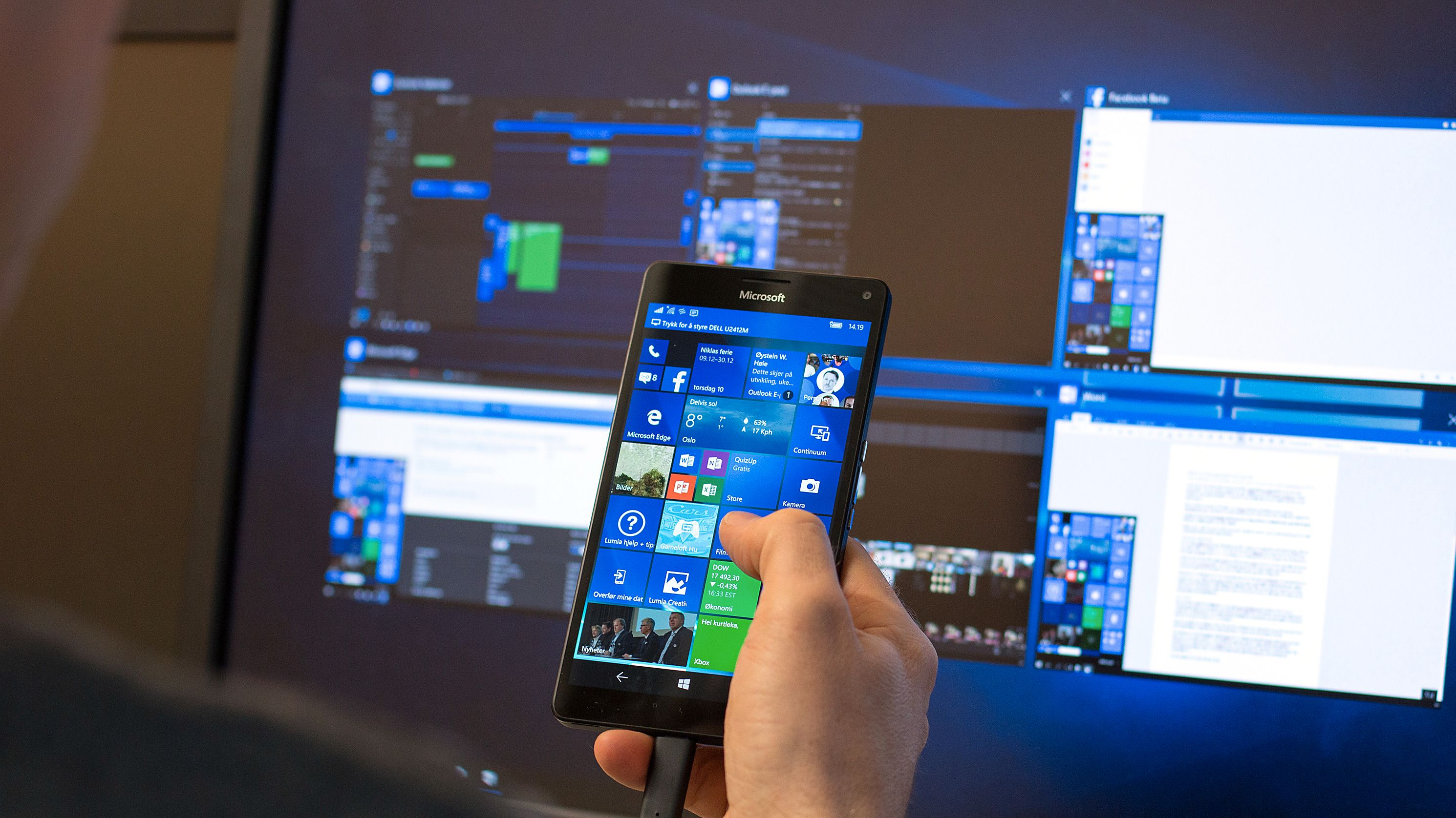 Microsoft Continuum: Slik er det å bruke mobilen som PC
