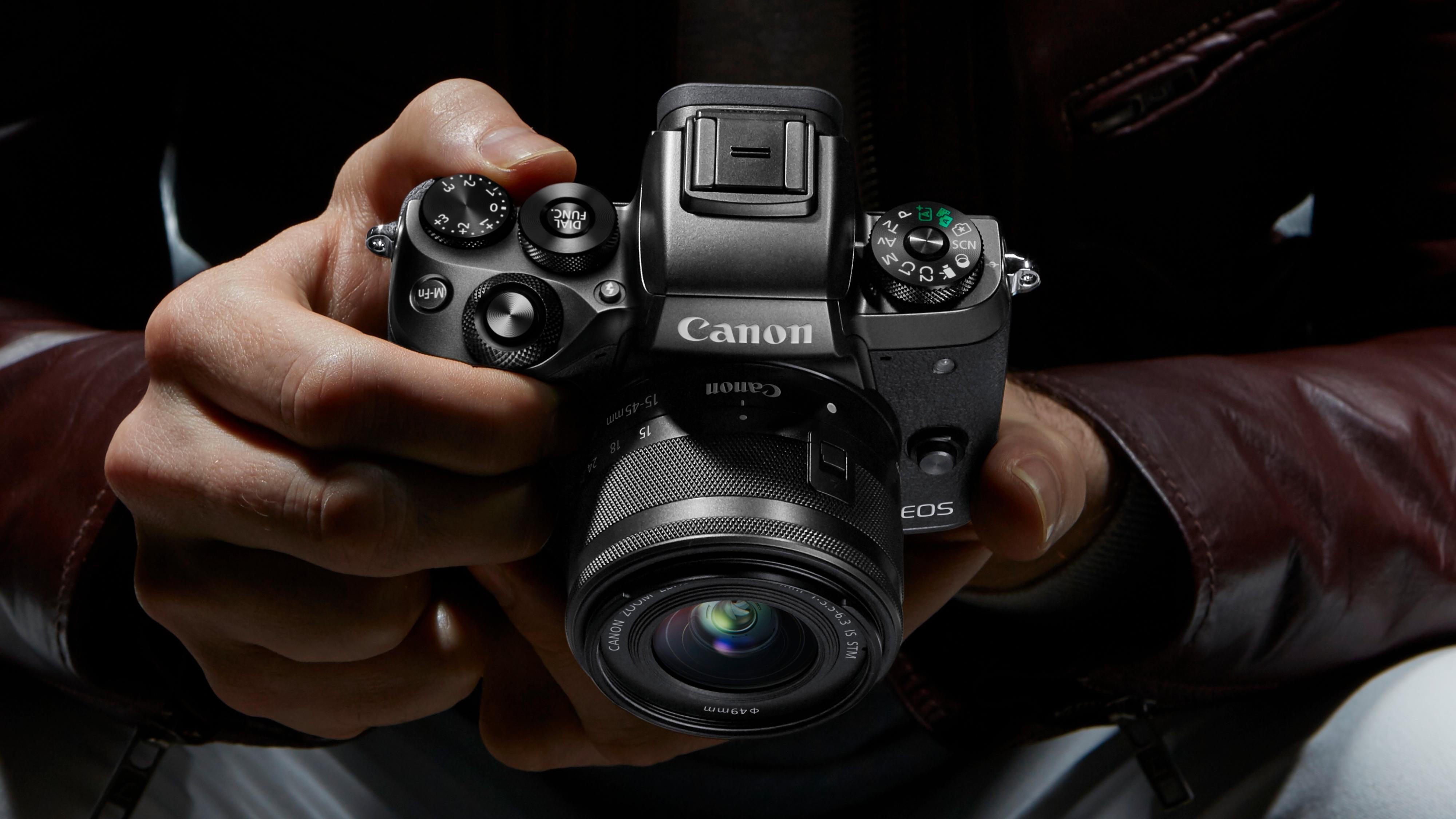 Dette er Canons største satsning på speilløse noen gang