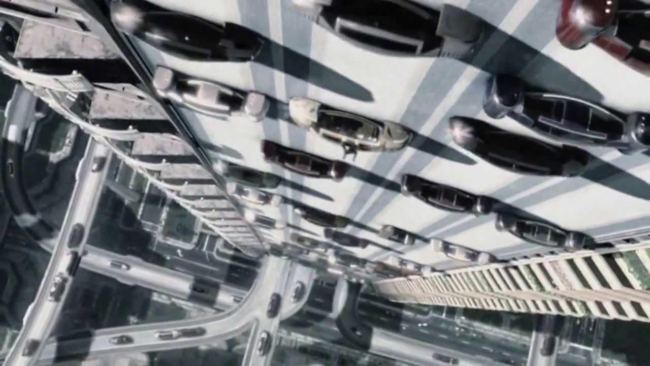 I Minority Report kunne bilene kjøre på vegger. Foto: skjermbilde