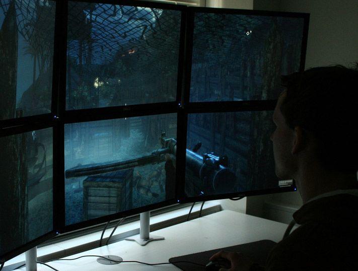 Jørgen sliter med siktet som havner midt i skjermkantene.