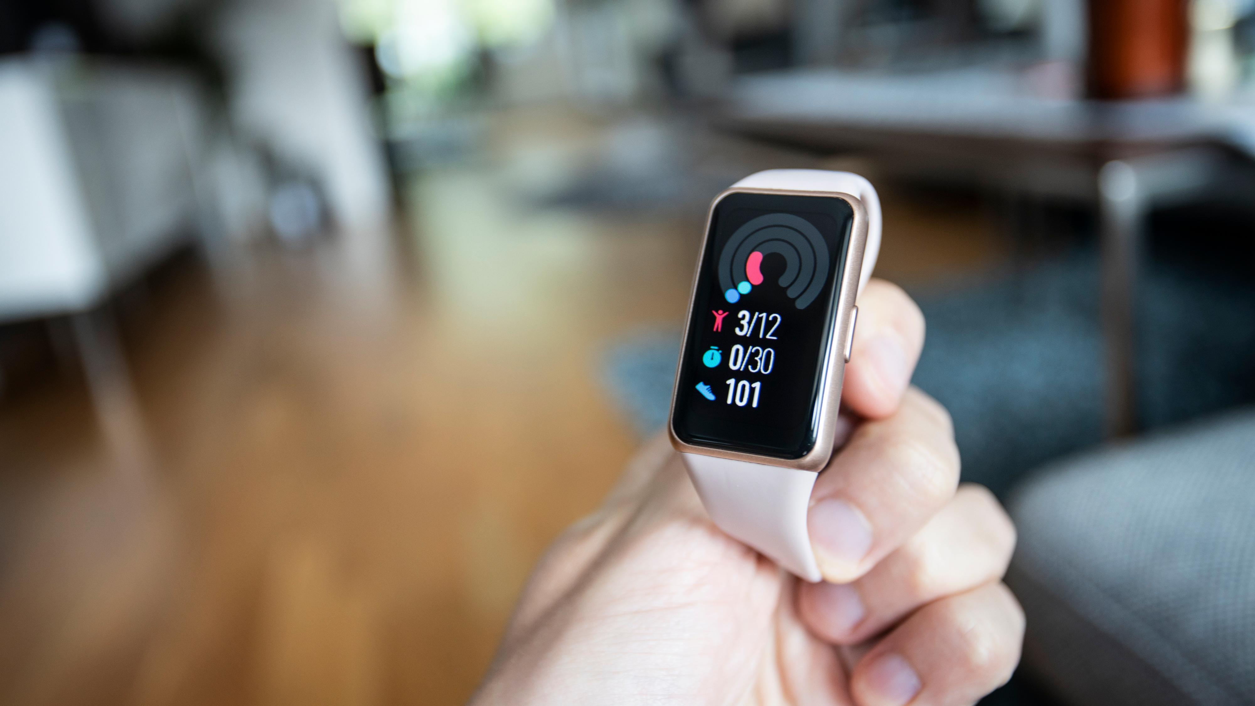 «Ringene» for aktivitet minner til forveksling om løsningen i Apple Watch.