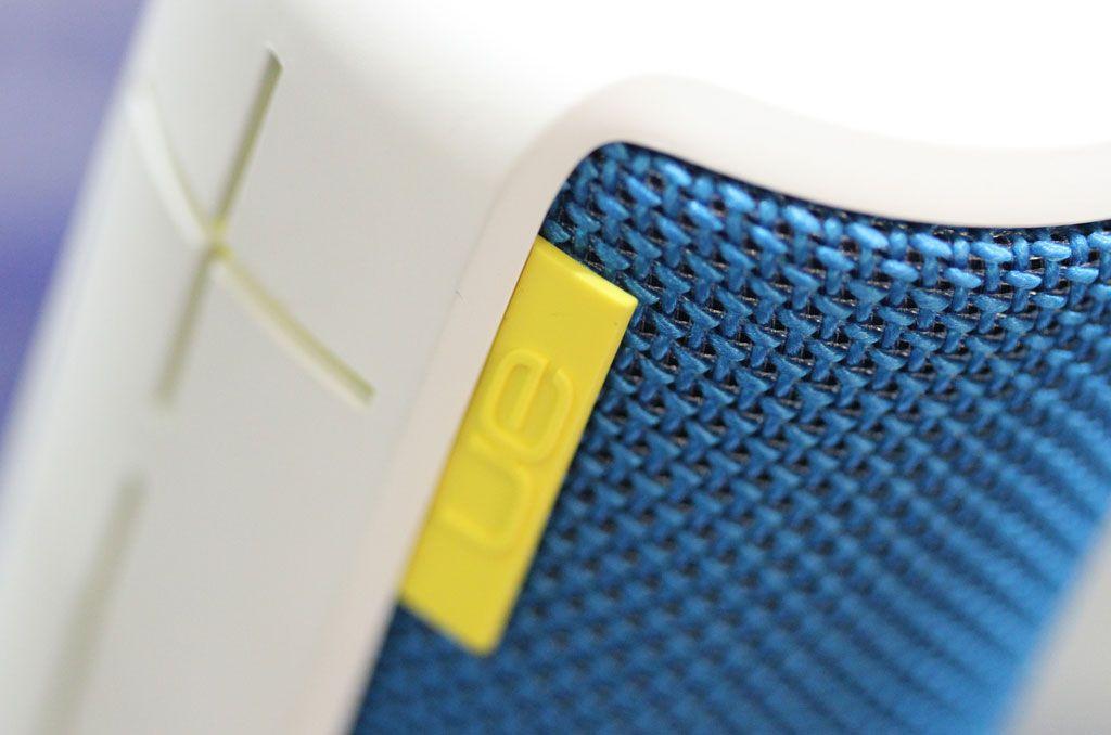 Detalj av UE Boom. Høyttaleren har utseendet med seg, og finishen er god.Foto: Espen Irwing Swang, Amobil.no