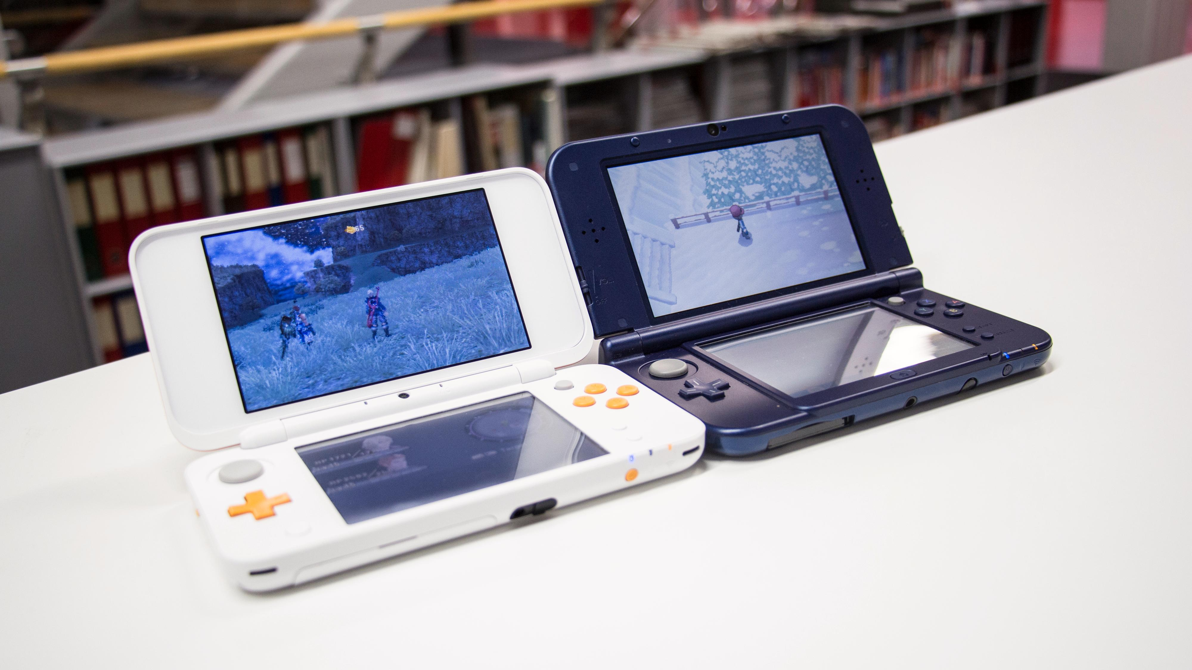 2DS XL er stort sett det samme som 3DS XL, minus 3D-funksjonen og en god slump av prisen.