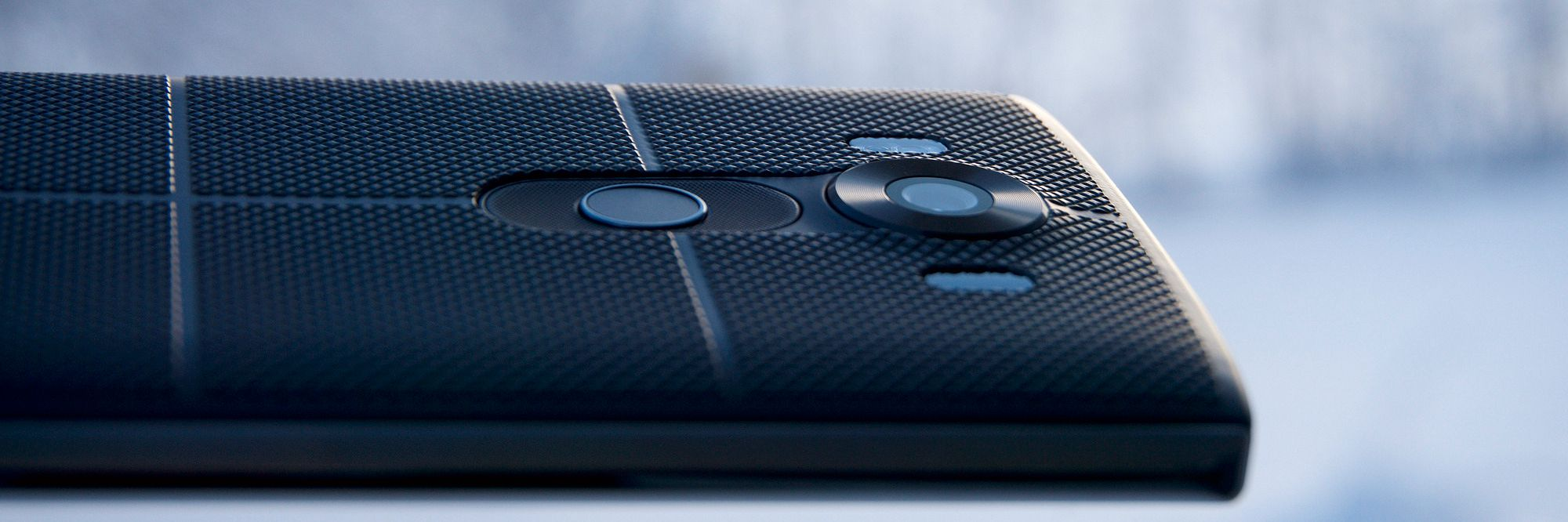 Med stål og gummi blant byggematerialene passet ikke LG V10-designen alle.