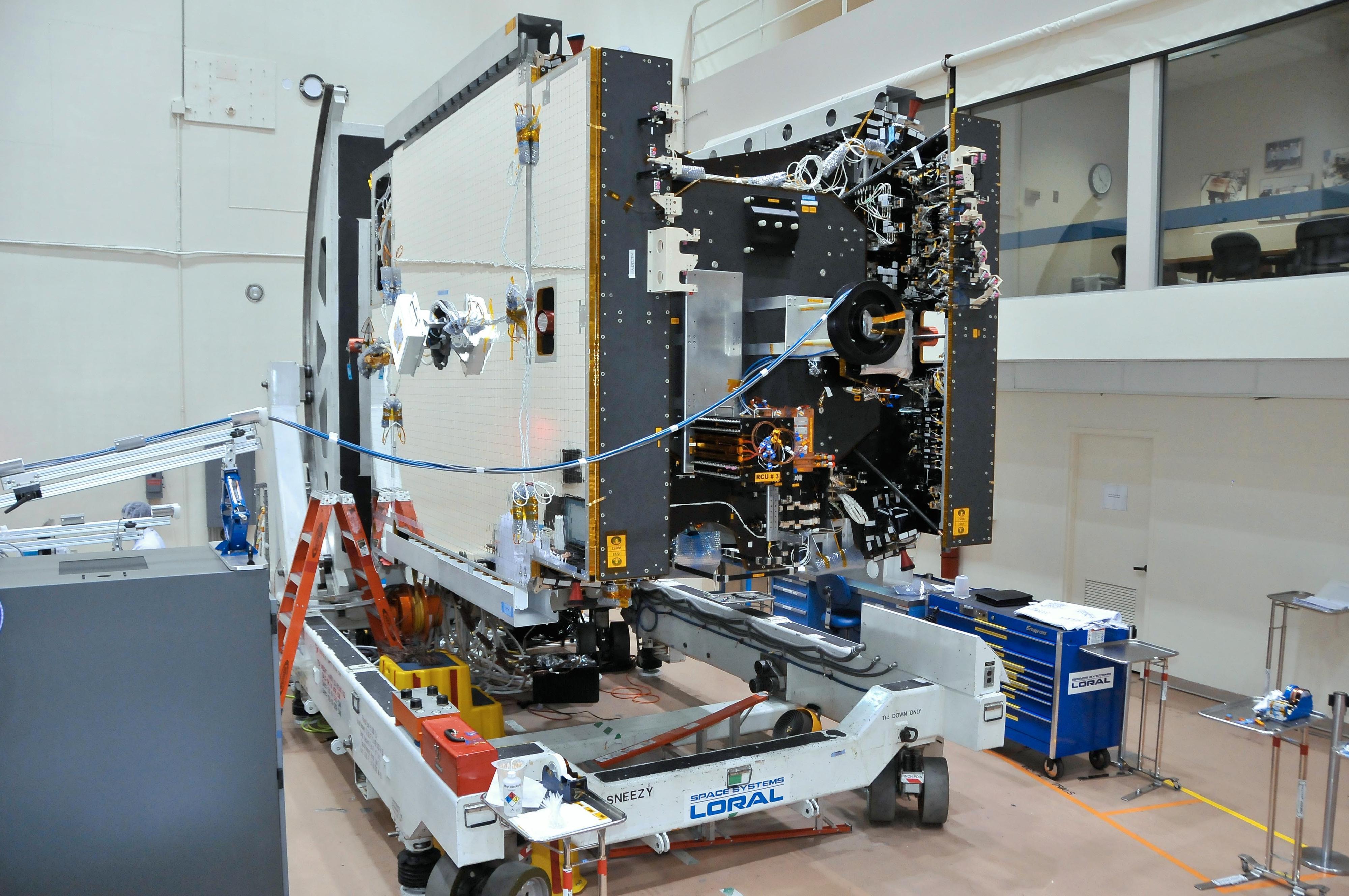 Thor 7 under en tidlig konstruksjonsfase, der mye utstyr fortsatt mangler. Foto: SSL