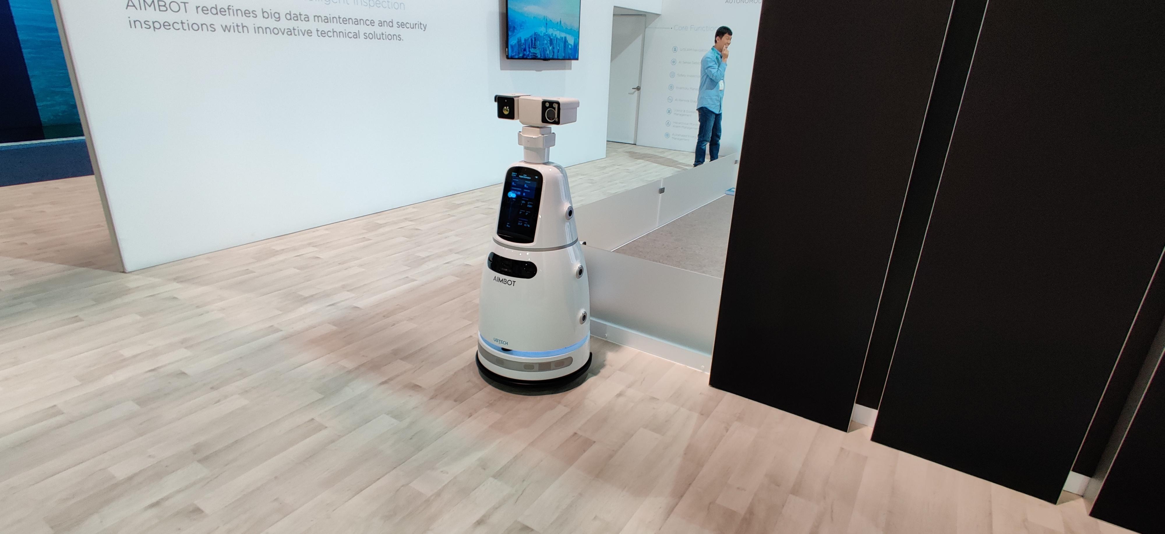 Roboter i alle former og fasonger dukket opp på messegulvet.