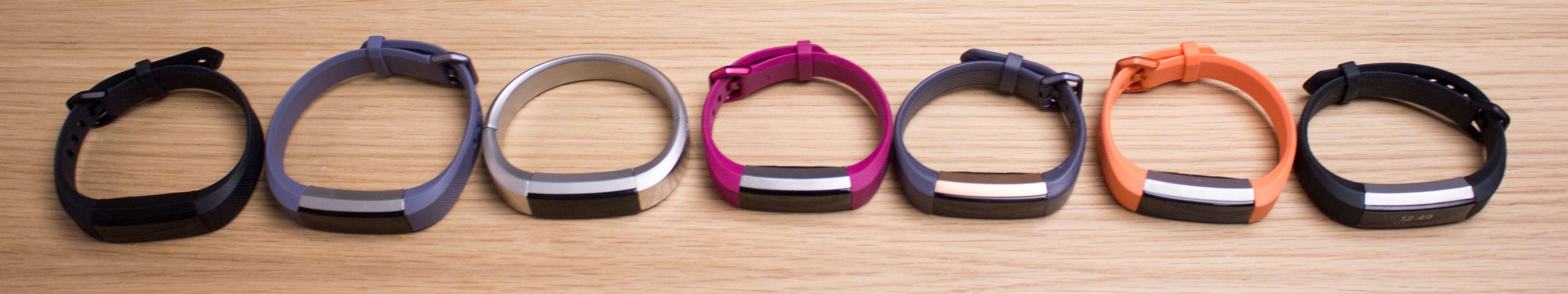 Fitbit Alta HR finnes i en rekke fargekombinasjoner. Her ser ut du noen av dem.