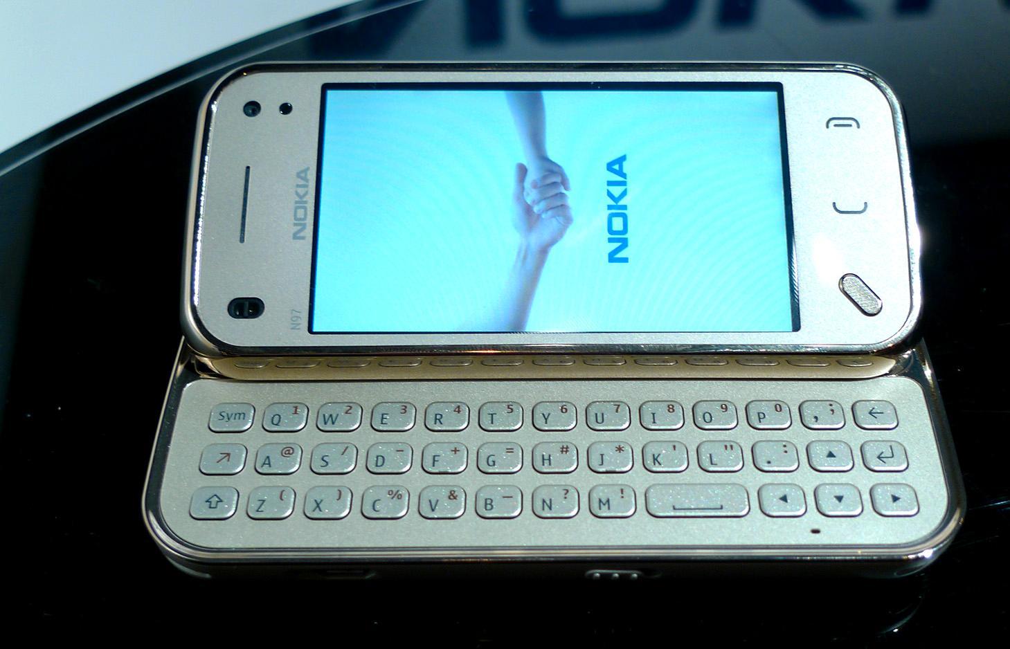 Nokia N97 Mini Gold ble også vist frem på årets Elektrofil.