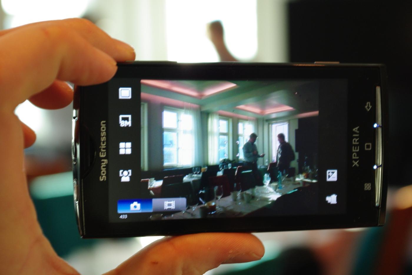 Skal du ha Android og godt kamera er X10 et bra valg.