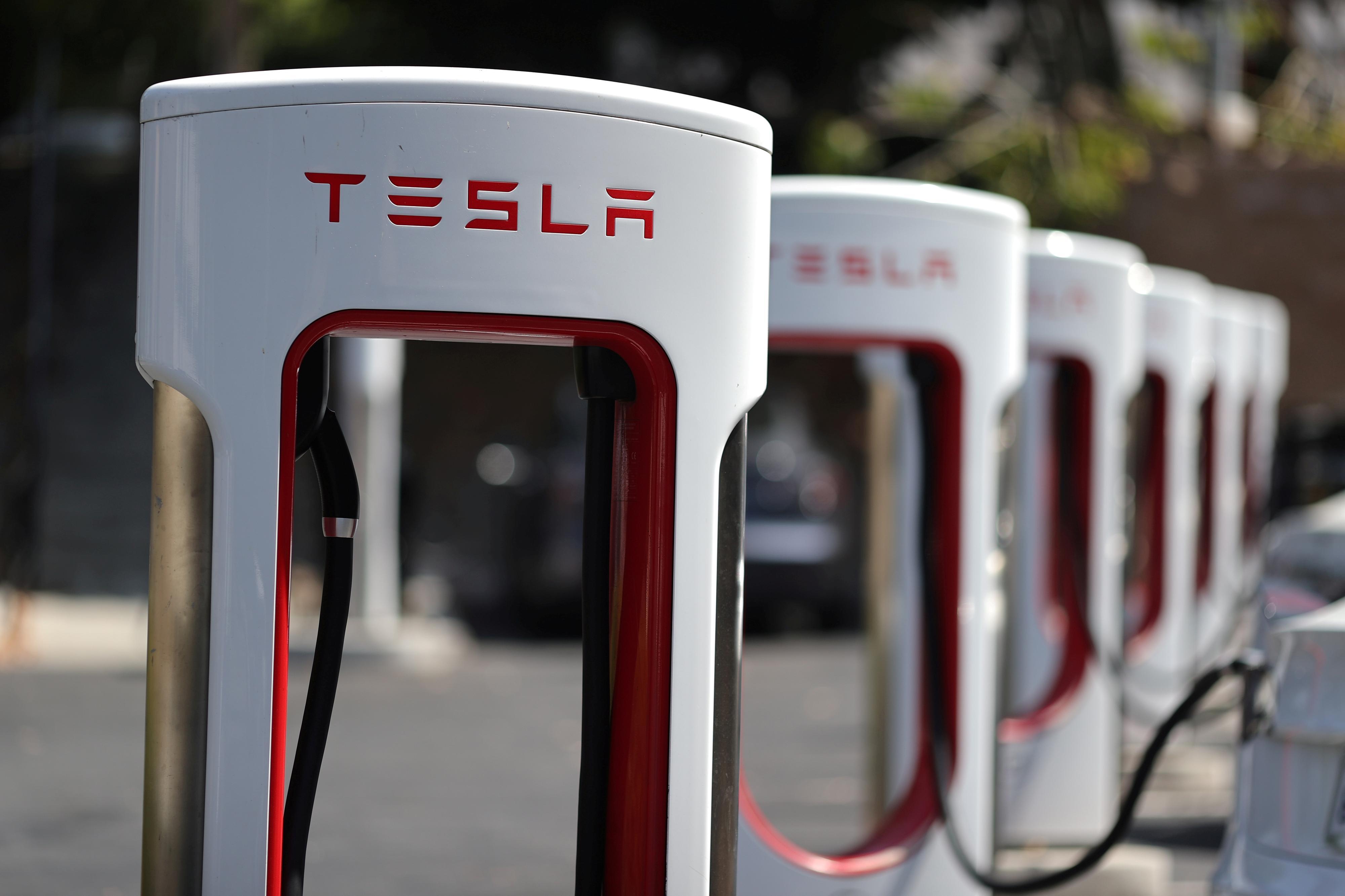 Norske Tesla-sjåfører har ladet nok til å kjøre over godt over en halv milliard kilometer på selskapets norske Supercharger-nettverk.