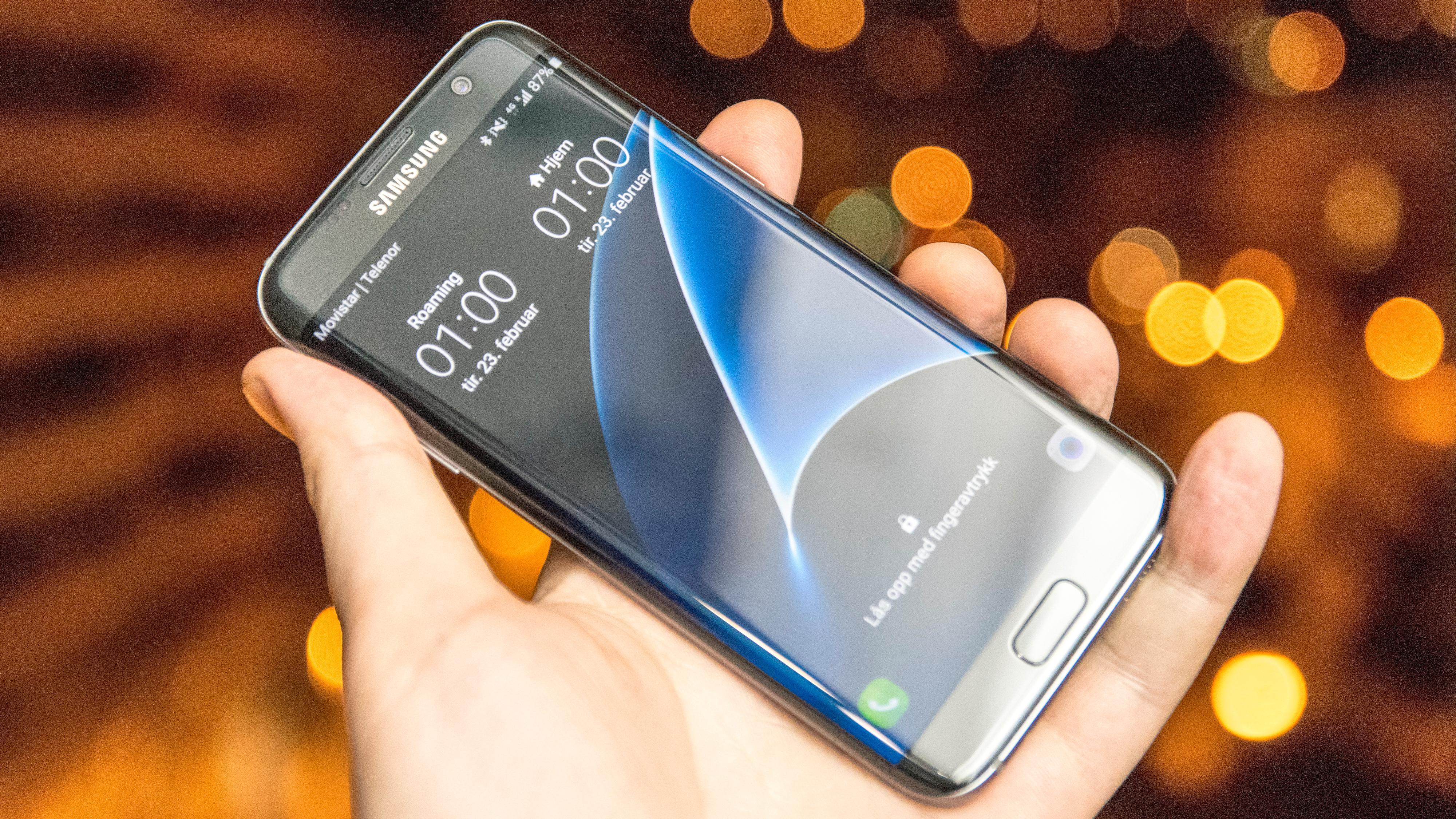 – Samsung Galaxy S8 skal droppe hodetelefoninngangen
