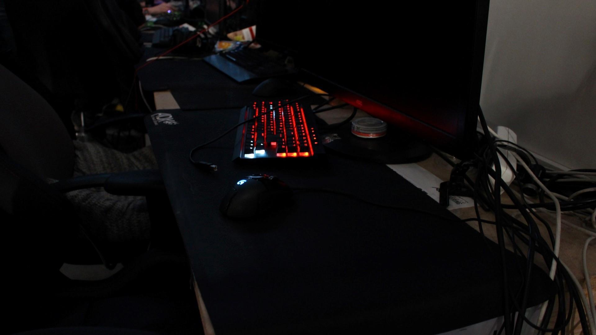 Fancy keybordlys må så klart til på TG.