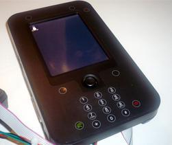 På denne mobilen fikk Amobil se på Android i februar, da operativsystemet fortsatt var under full utvikling. (Foto: Einar Eriksen)