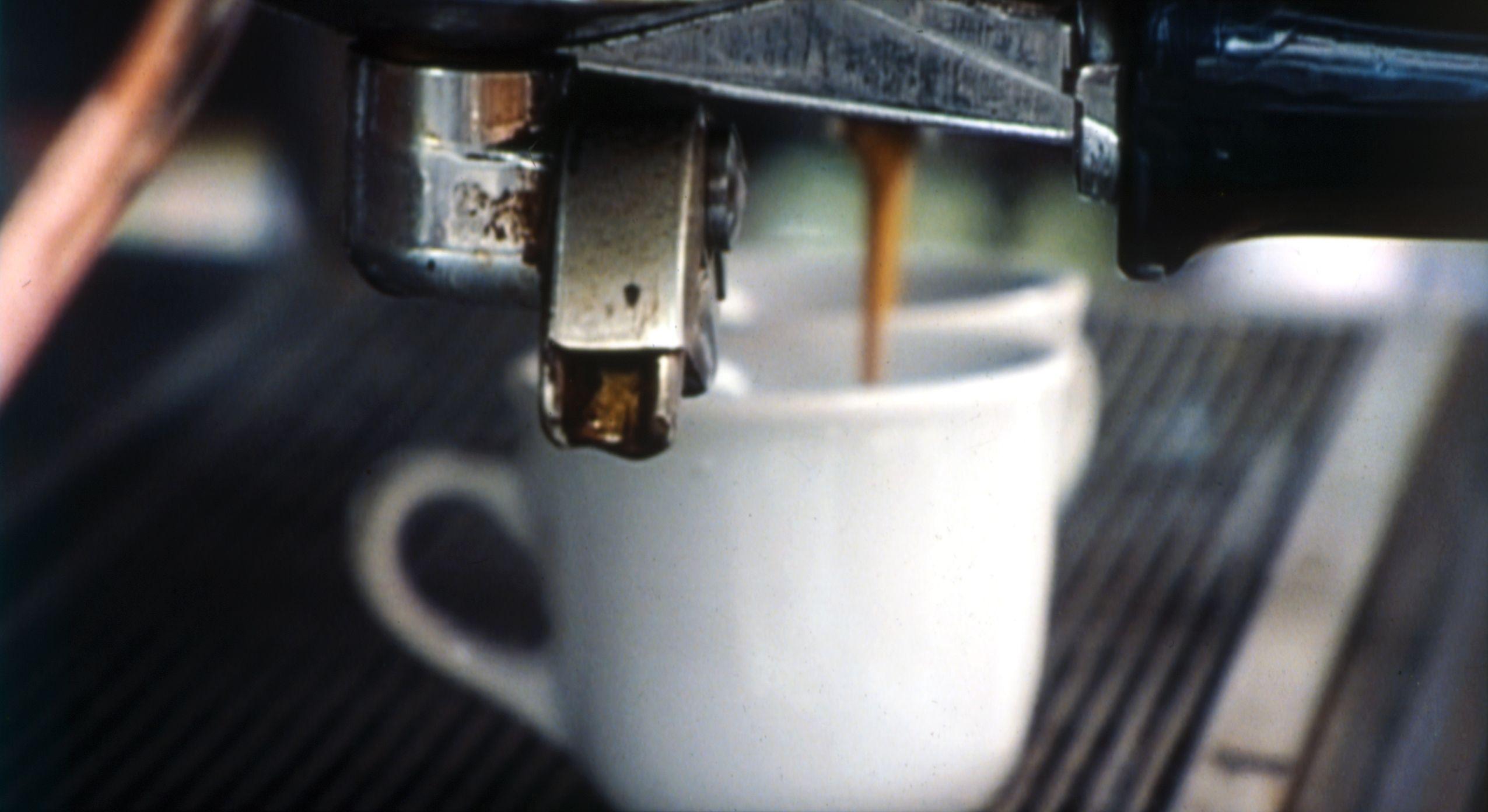 Mann, kvinne, kaffe. Hvor mange kopper har du drukket idag?