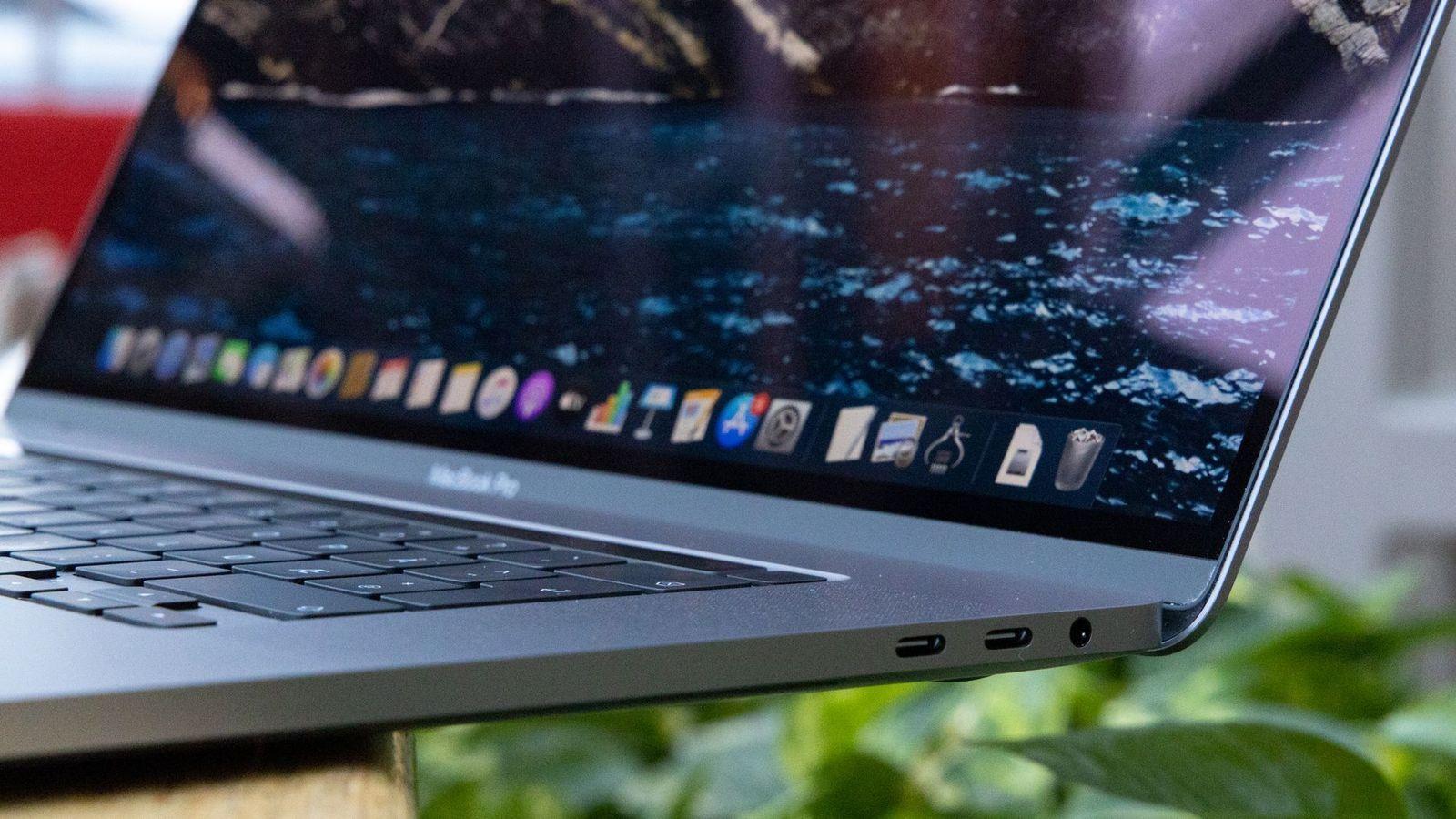 Slike innganger er det på alle moderne MacBook-er.