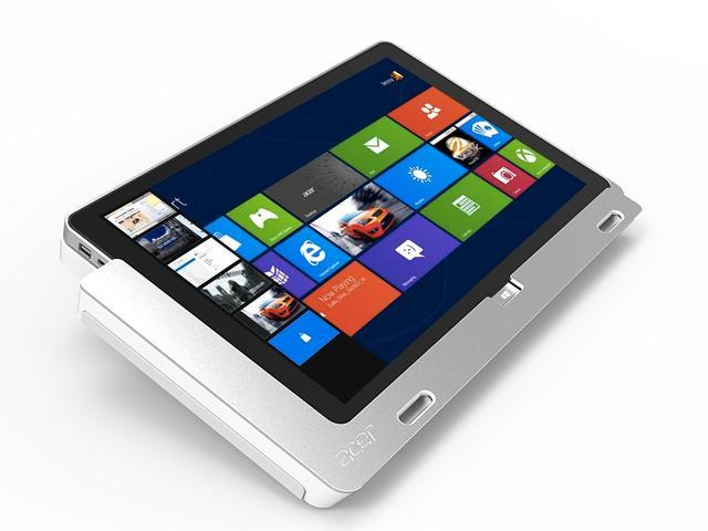 Iconia W700 kommer med en egen dock.Foto: Acer